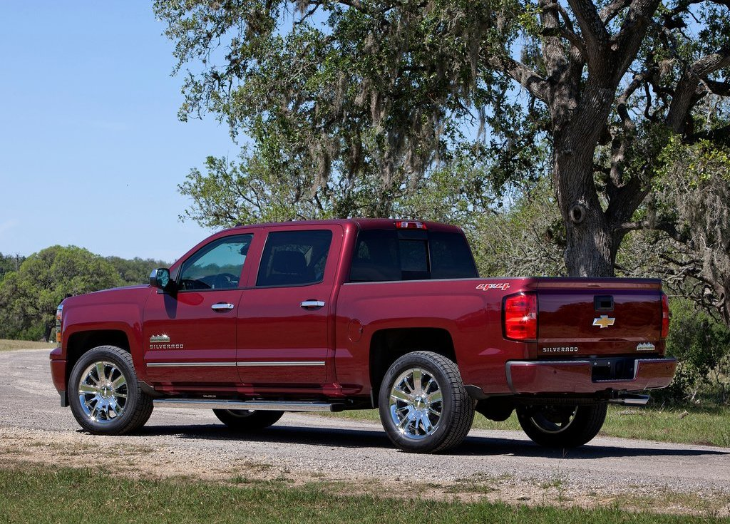 2014 Chevrolet Silverado High Country Exterior Design (View 2 of 9)