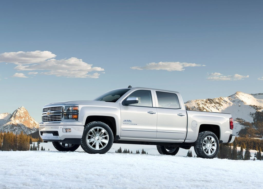 2014 Chevrolet Silverado High Country Front Angle (View 3 of 9)