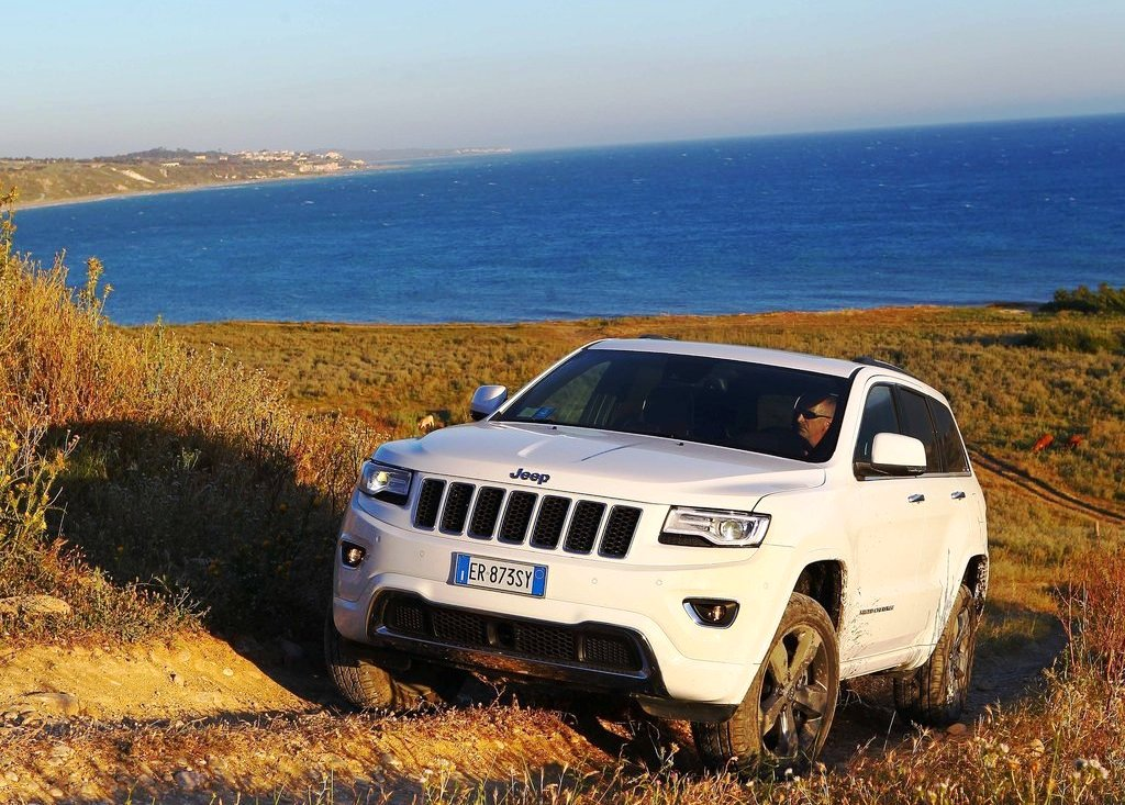 2014 Jeep Grand Cherokee Wallpaper (View 8 of 9)