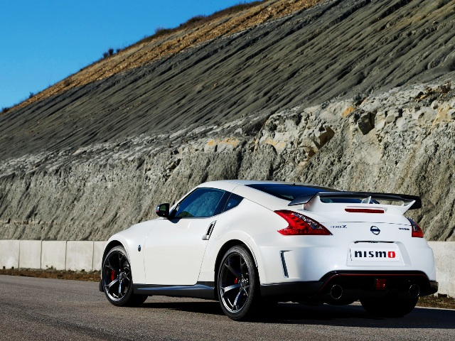 2014 Nissan 370Z Nismo Review (Photo 6 of 7)