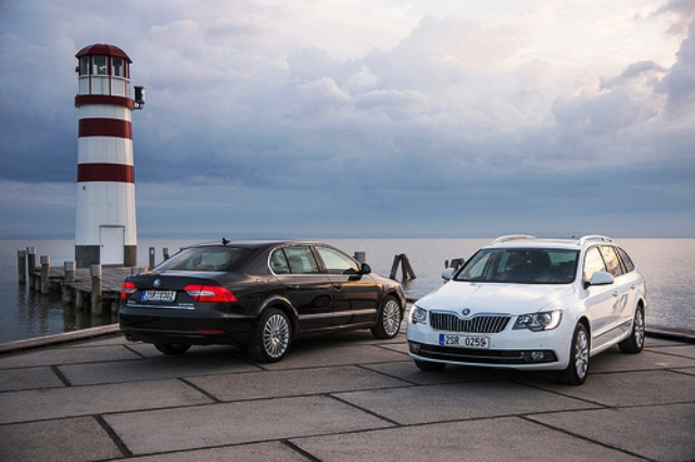 2014 Skoda Superb Combi And Limousine Edition (Photo 2 of 8)