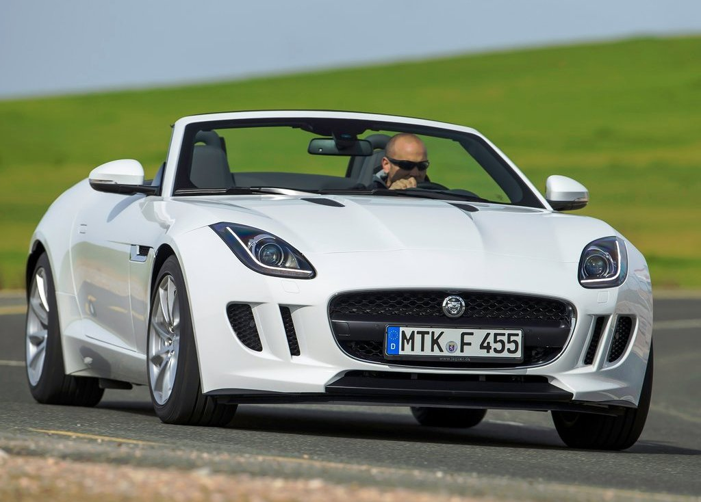 Jaguar F Type V (Photo 10 of 10)