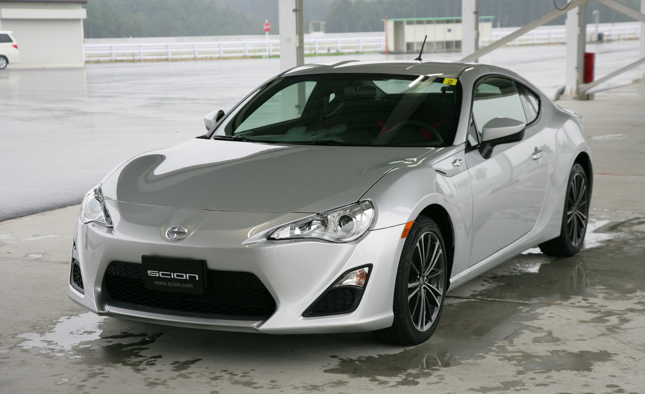 2013 Scion FR S Exterior Front And Side (Photo 7 of 47)