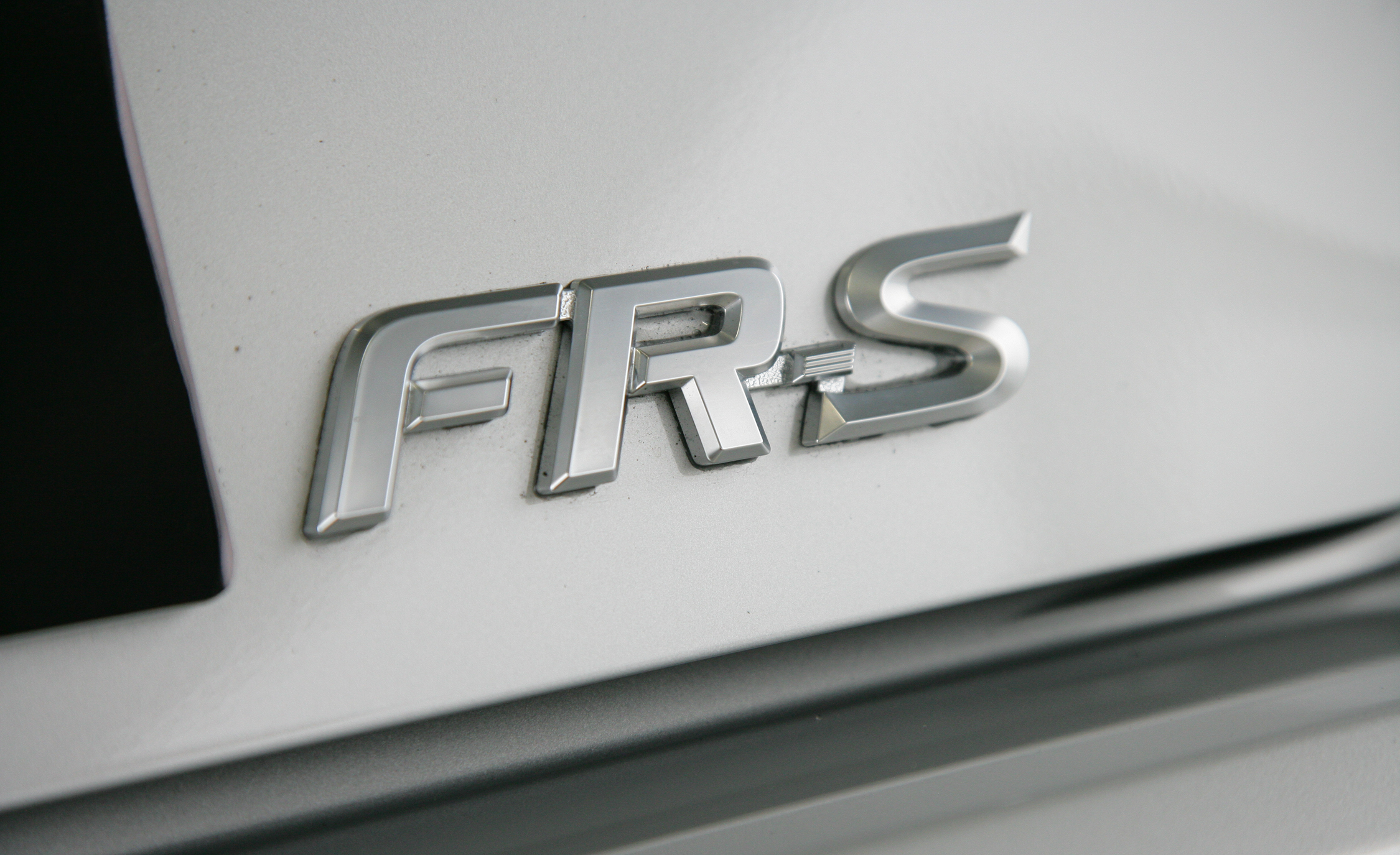 2013 Scion FR S Exterior View Rear Emblem (Photo 14 of 47)