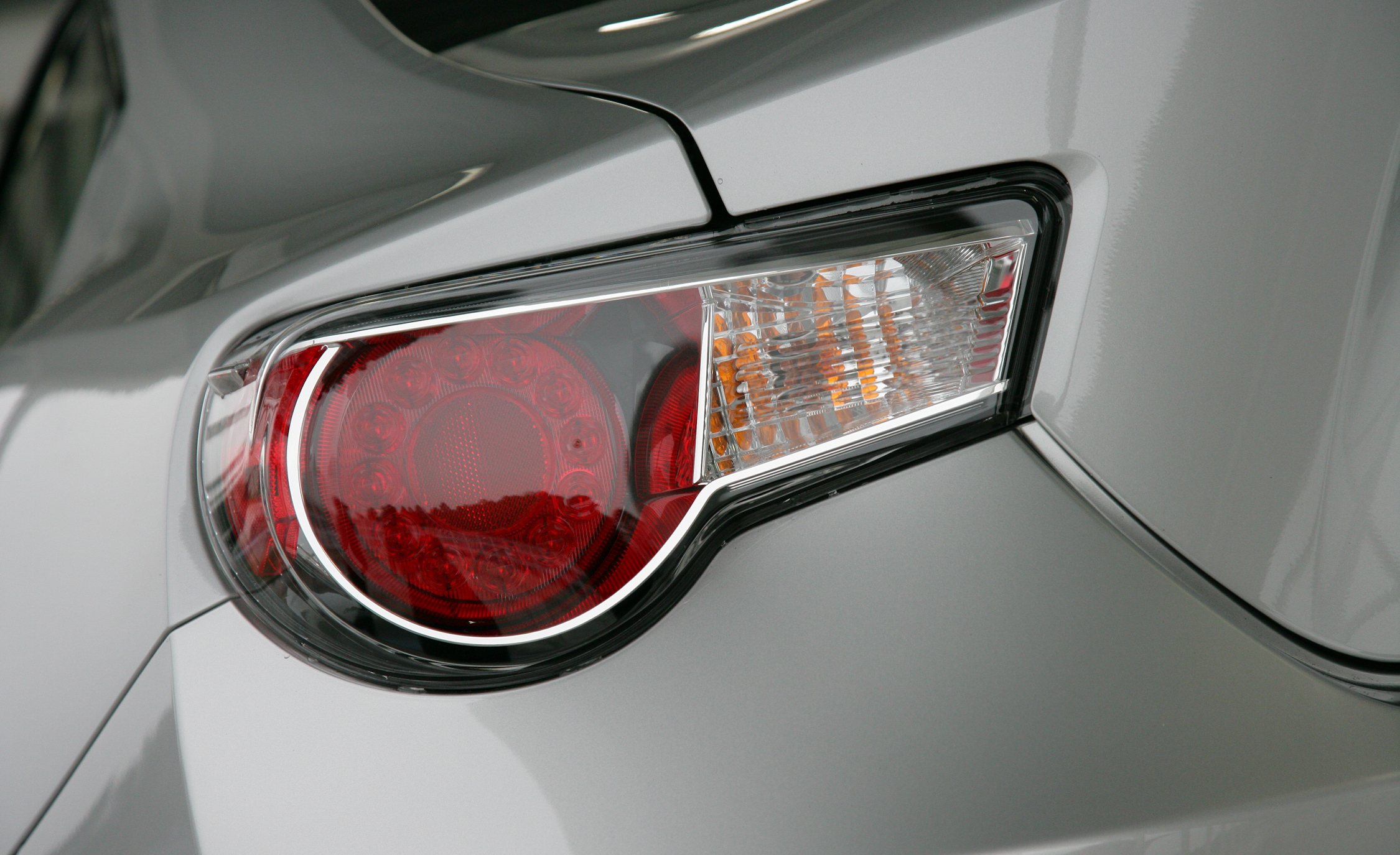 2013 Scion FR S Exterior View Taillight (Photo 16 of 47)