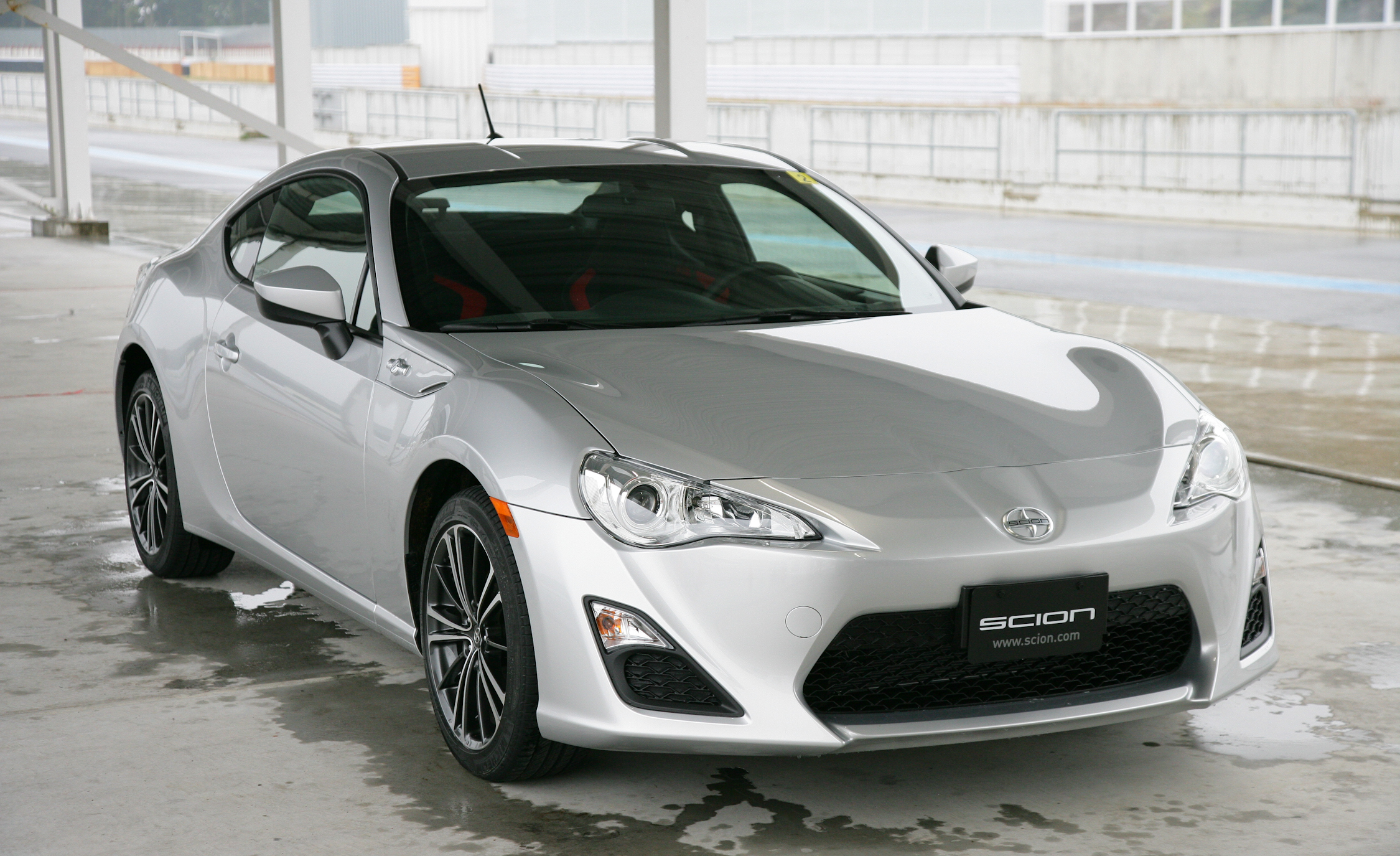 2013 Scion FR S Exterior (Photo 5 of 47)