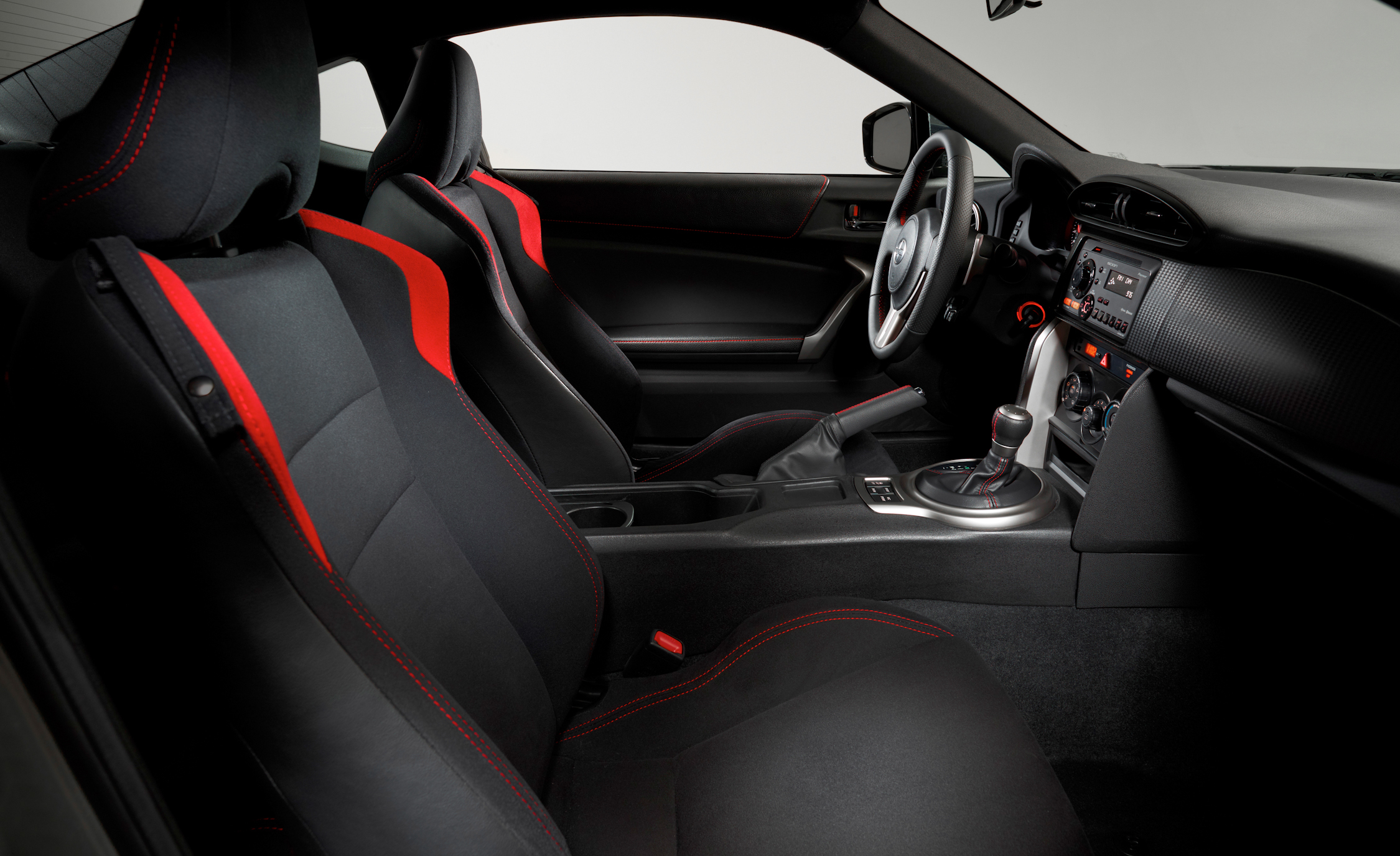 2013 Scion FR S Interior Seats Front (Photo 23 of 47)