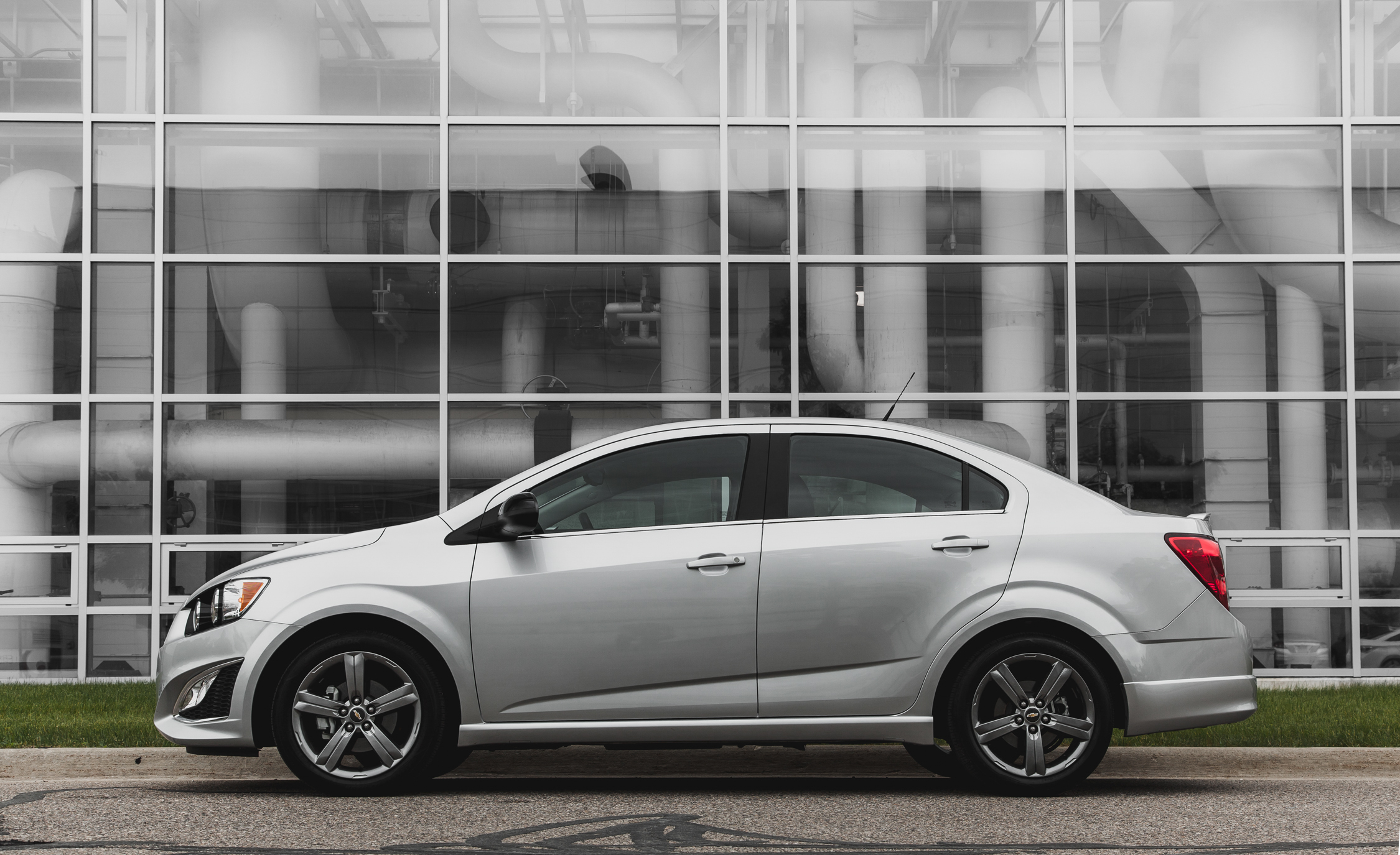 2014 Chevrolet Sonic RS Sedan (Photo 10 of 27)