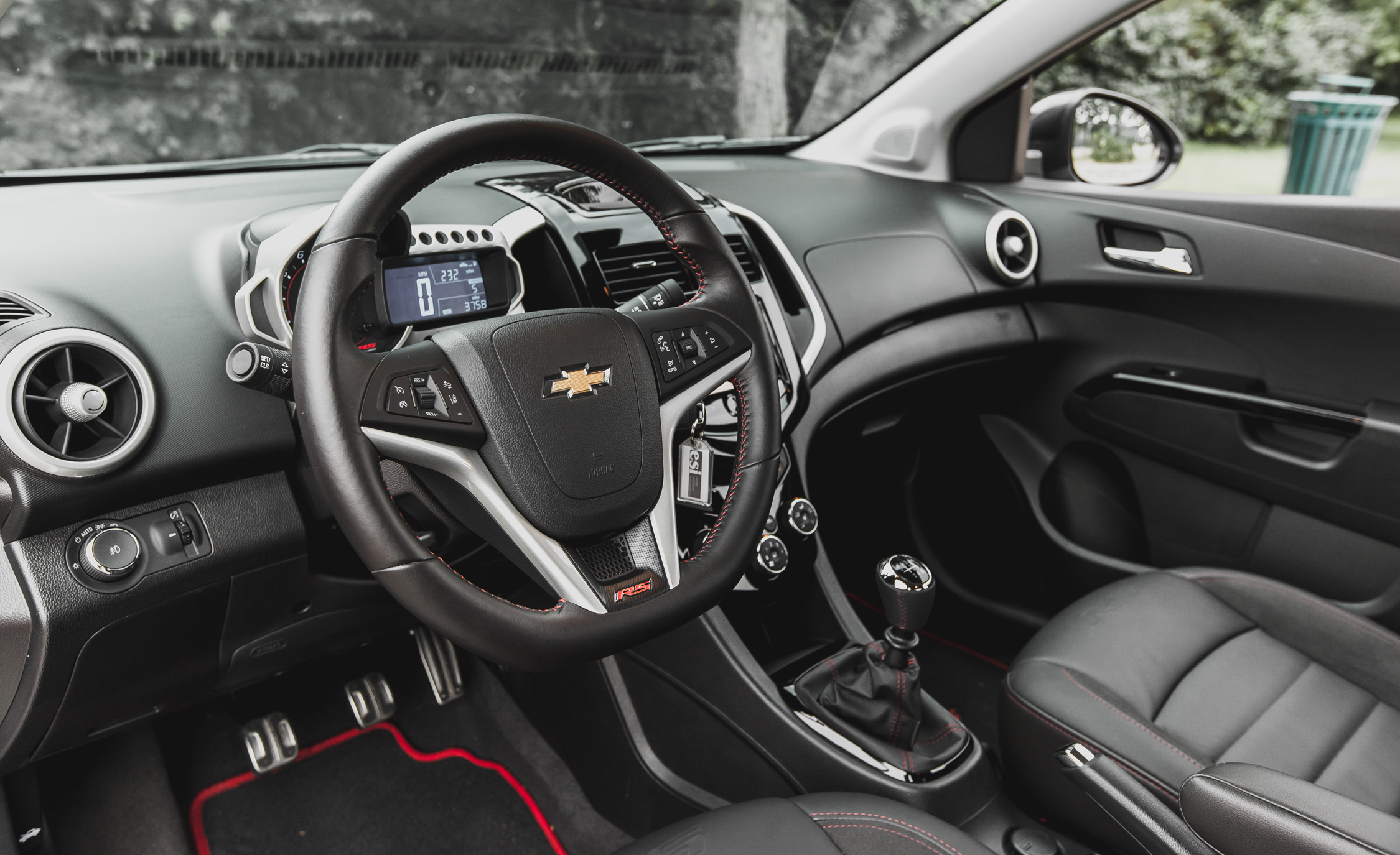 2014 Chevrolet Sonic RS Sedan Interior (View 11 of 27)
