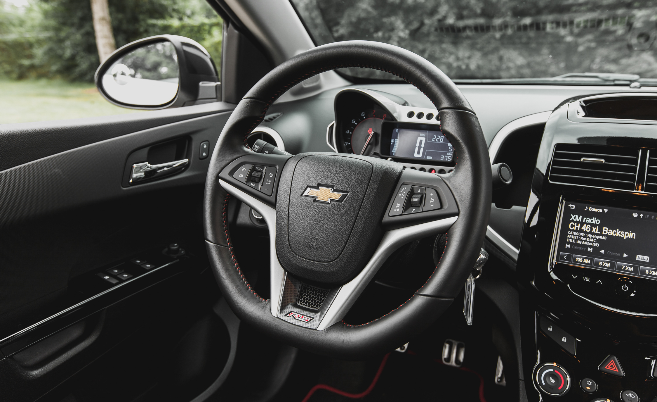 2014 Chevrolet Sonic RS Sedan Interior (Photo 25 of 27)