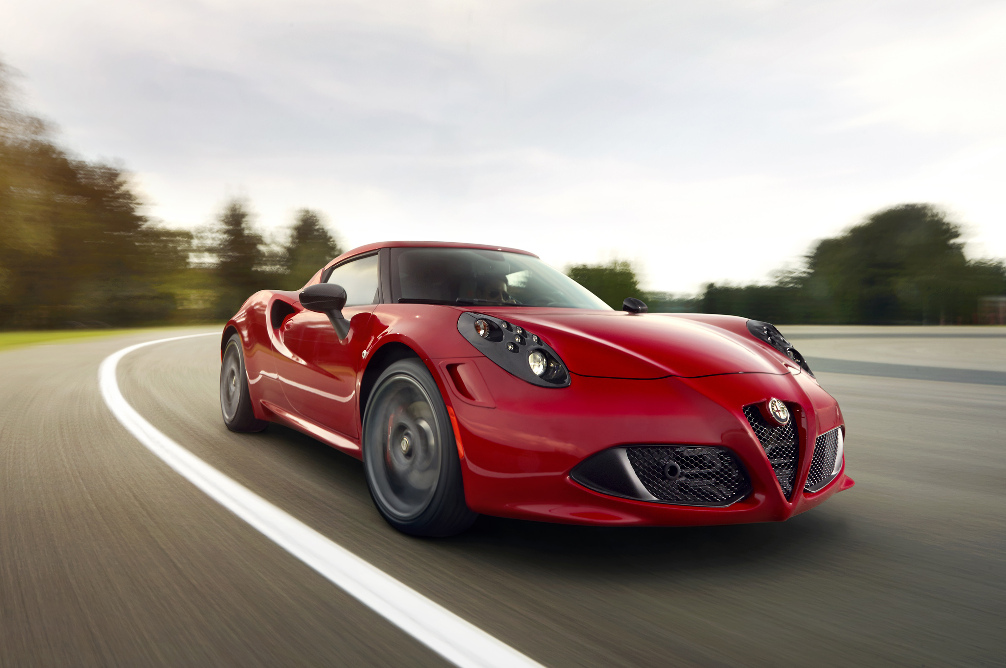 2014 Alfa Romeo 4c Front Exterior View (Photo 2 of 25)