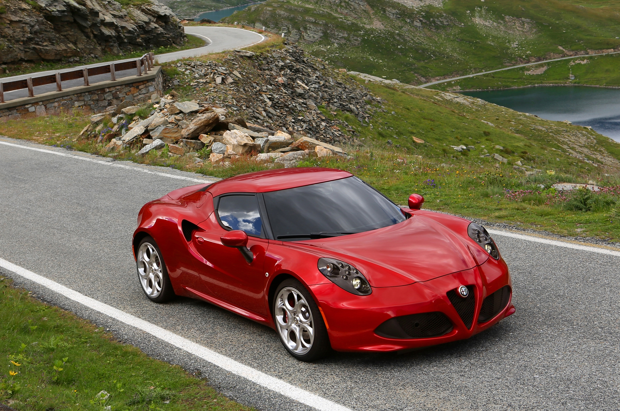 2014 Alfa Romeo 4c Red Exterior (Photo 5 of 25)