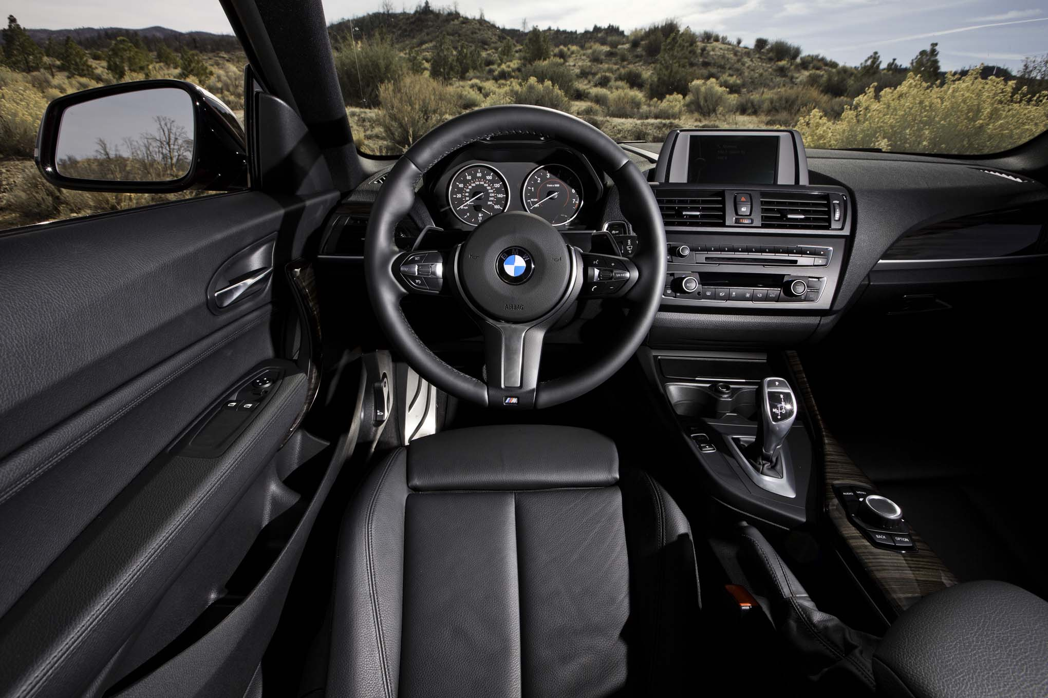 2014 Bmw M235i Dash (Photo 2 of 8)
