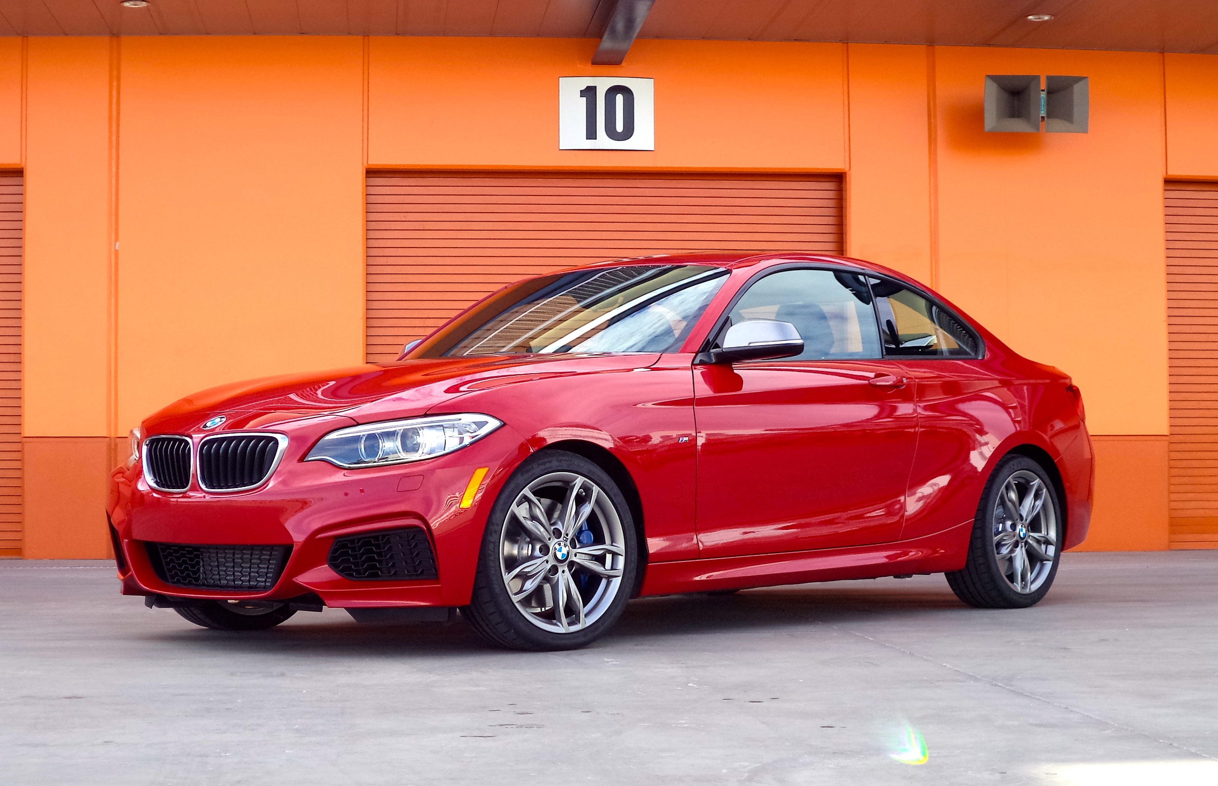 2014 Bmw M235i Exterior Profile (Photo 3 of 8)