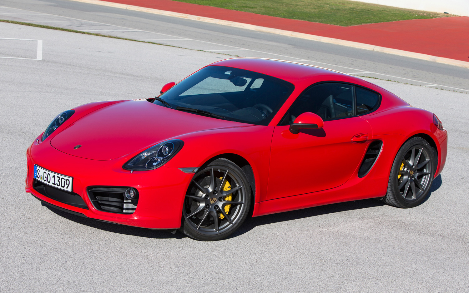 Featured Image of 2014 Porsche Cayman