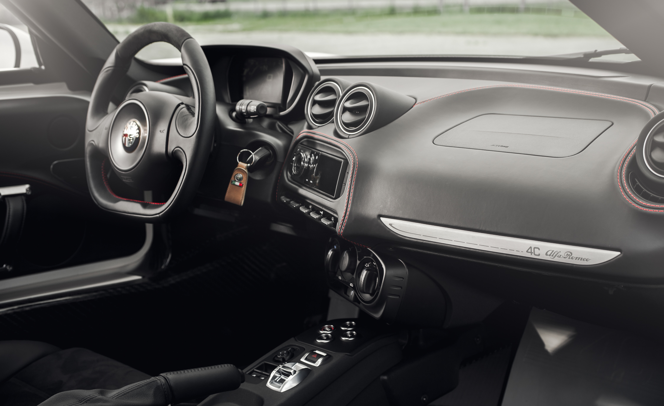 2015 Alfa Romeo 4C Interior (Photo 22 of 25)