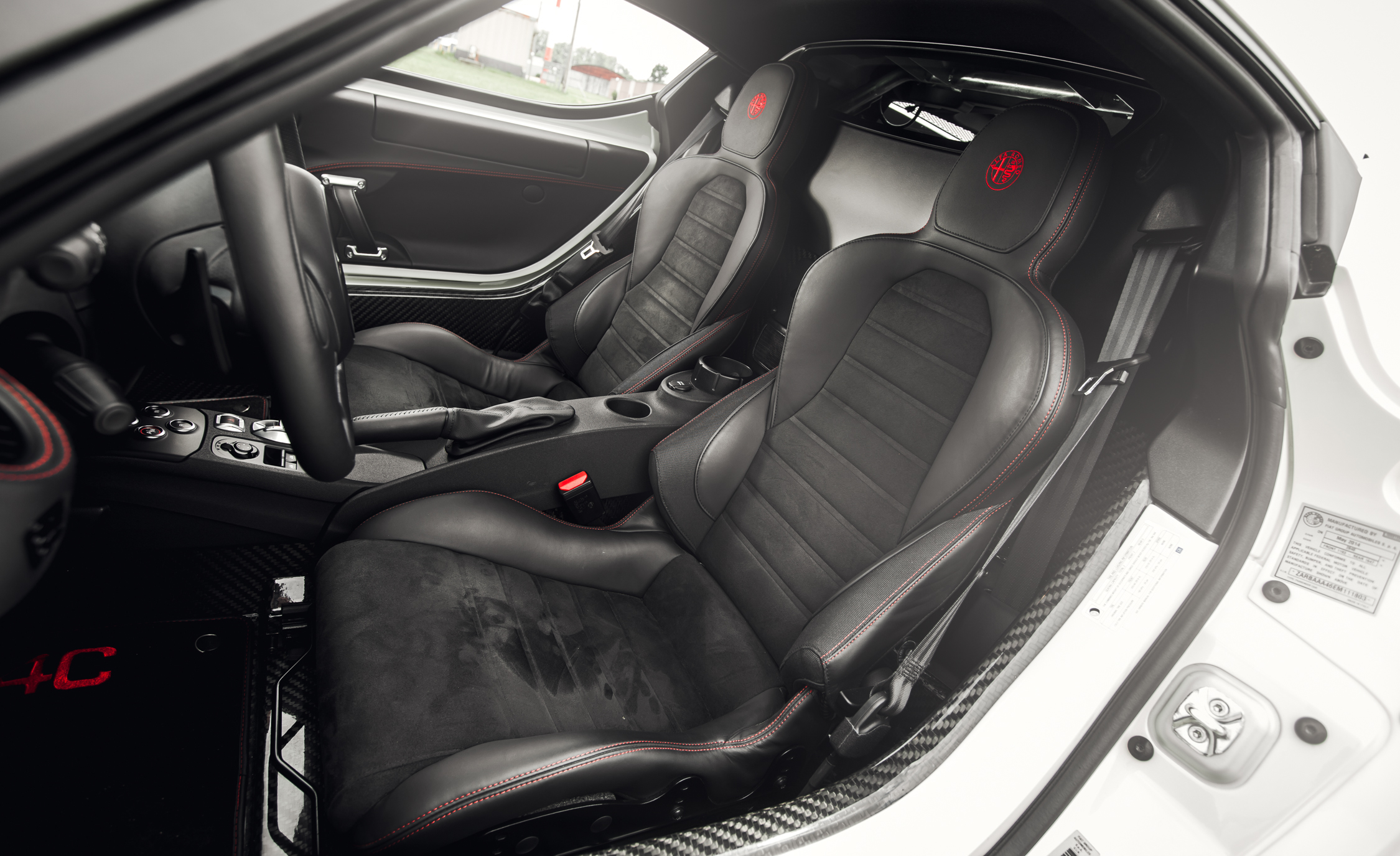2015 Alfa Romeo 4C Interior (Photo 24 of 25)