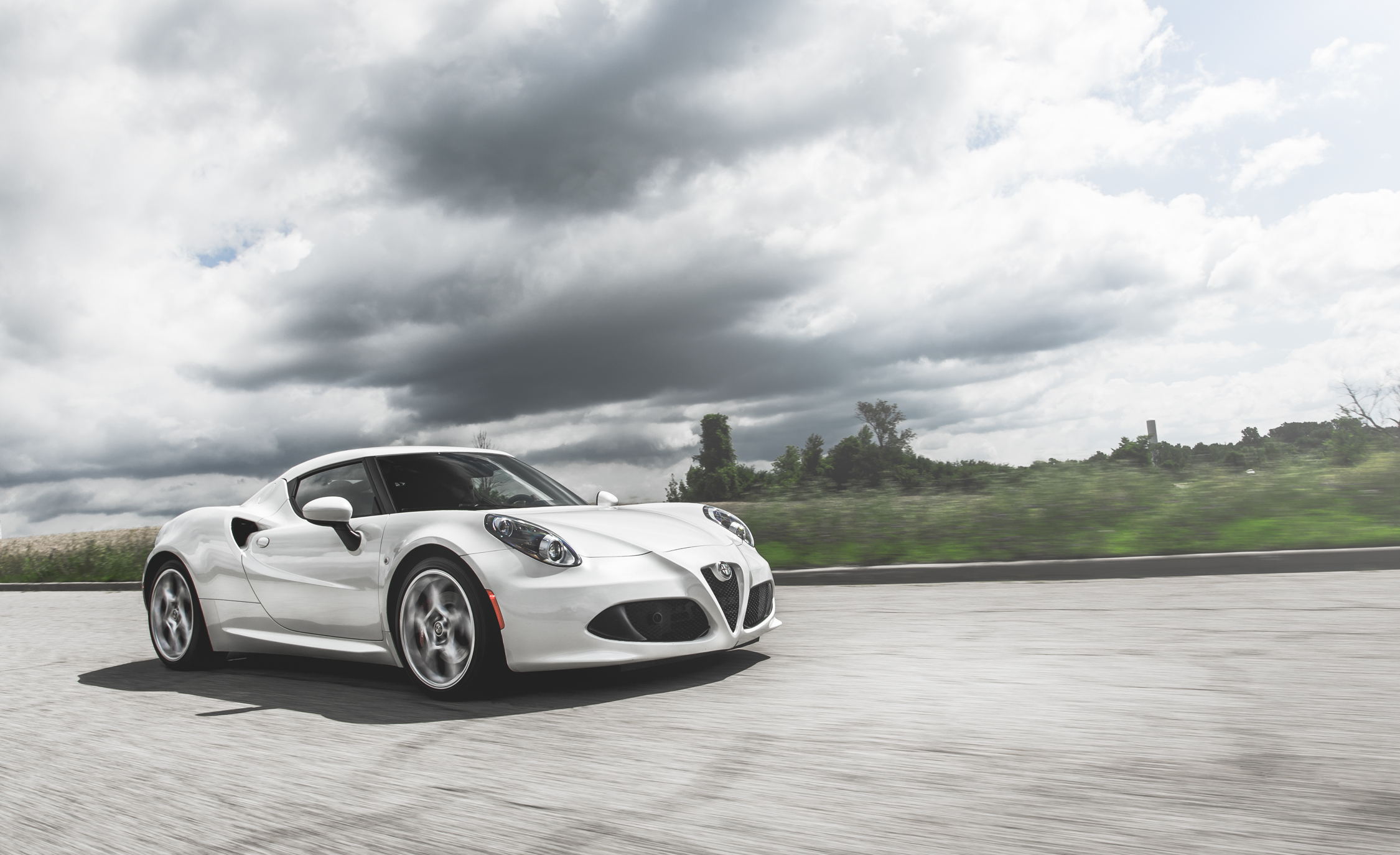 2015 Alfa Romeo 4C (Photo 20 of 25)