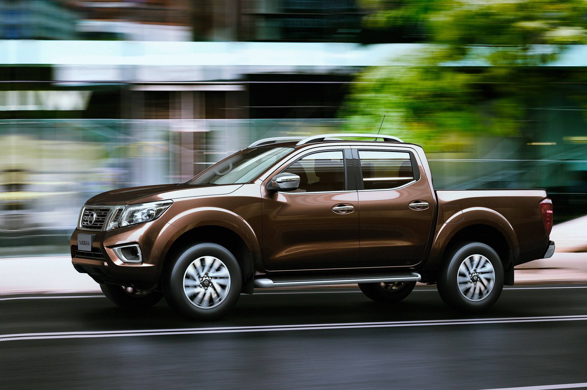 2015 All New Nissan Np300 Navara Exterior Profile (Photo 1 of 6)