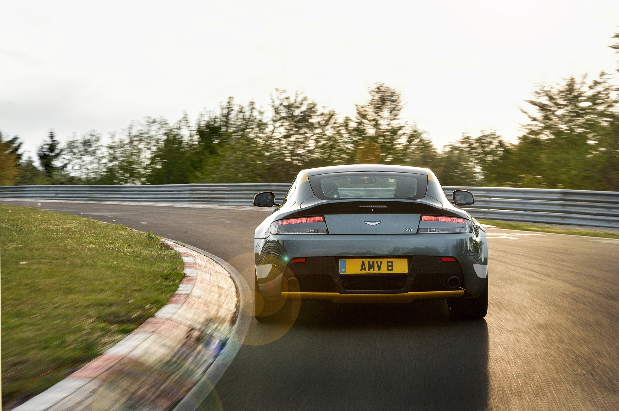 2015 Aston Martin V8 Vantage Gt Circuit Test (View 4 of 7)