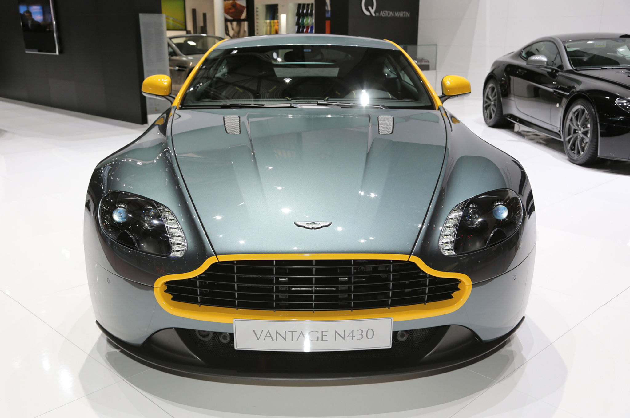 2015 Aston Martin V8 Vantage Gt Front Design (Photo 2 of 7)