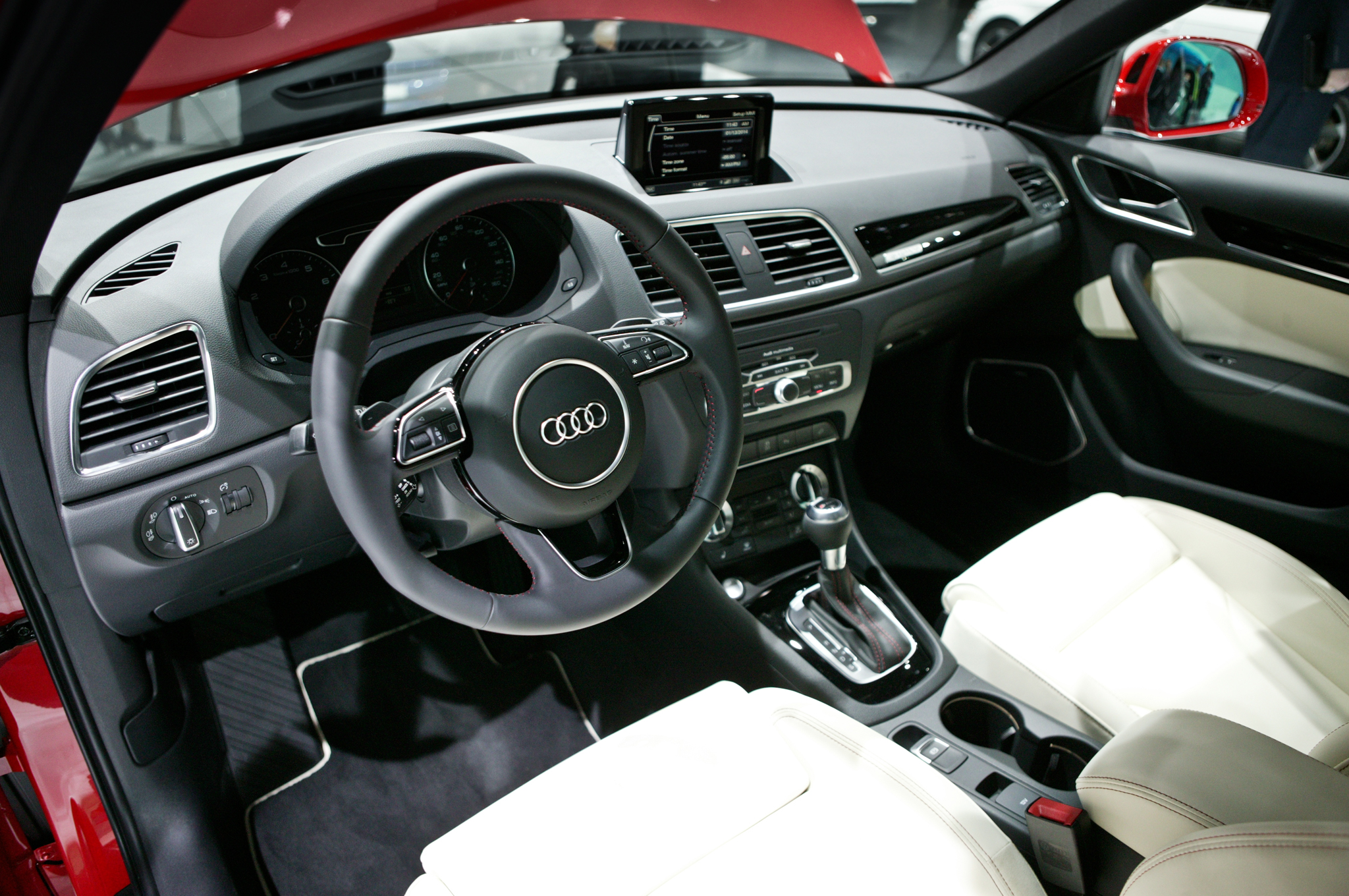 2015 Audi Q3 Dashboard And Cockpit (View 17 of 21)