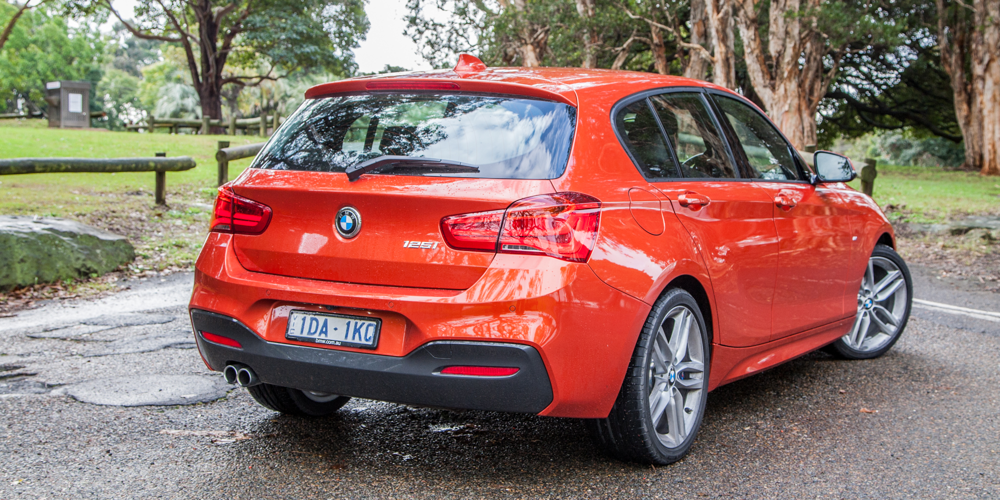 2015 Bmw 125i Rear Side (Photo 12 of 15)
