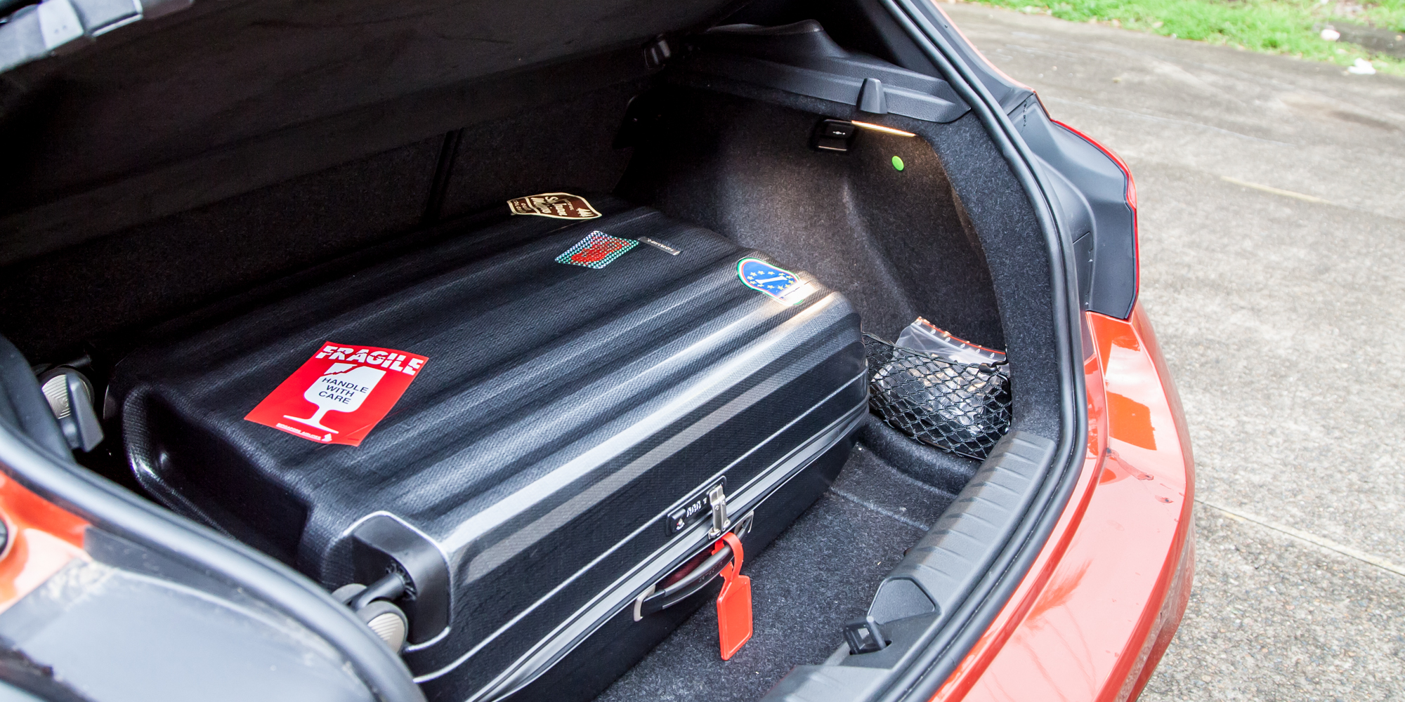 2015 Bmw 125i Trunk (Photo 14 of 15)