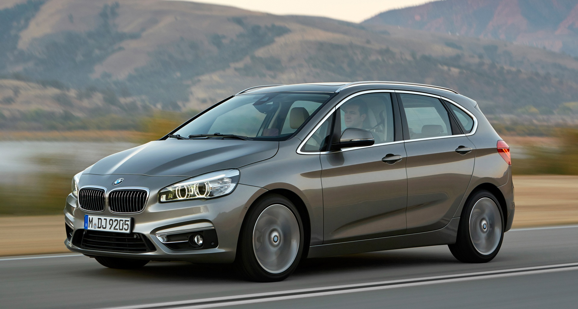 Featured Image of 2015 BMW 2 Series Active Tourer