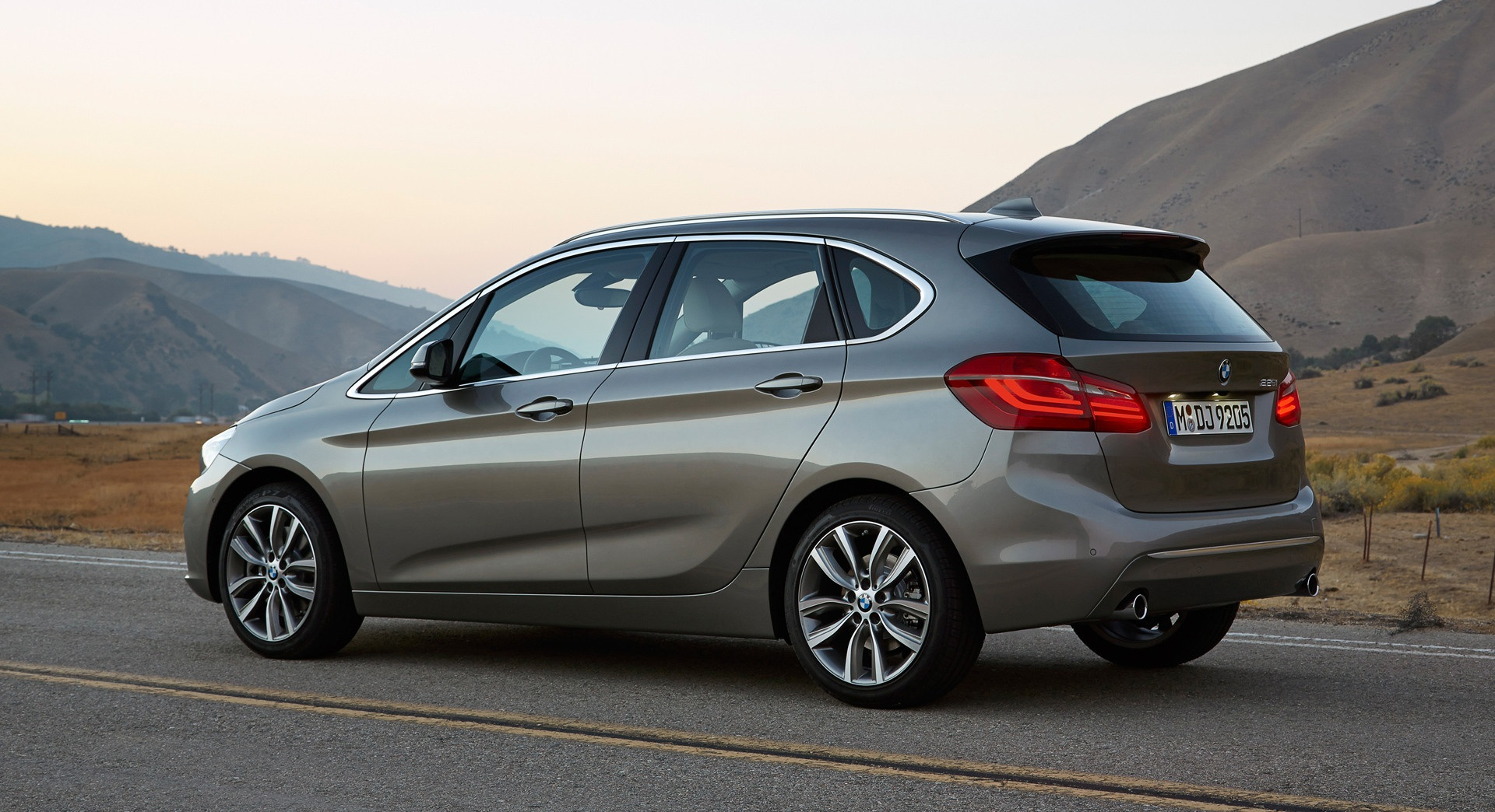 2015 Bmw 2 Series Active Tourer 225i Rear Side Exterior (View 5 of 11)