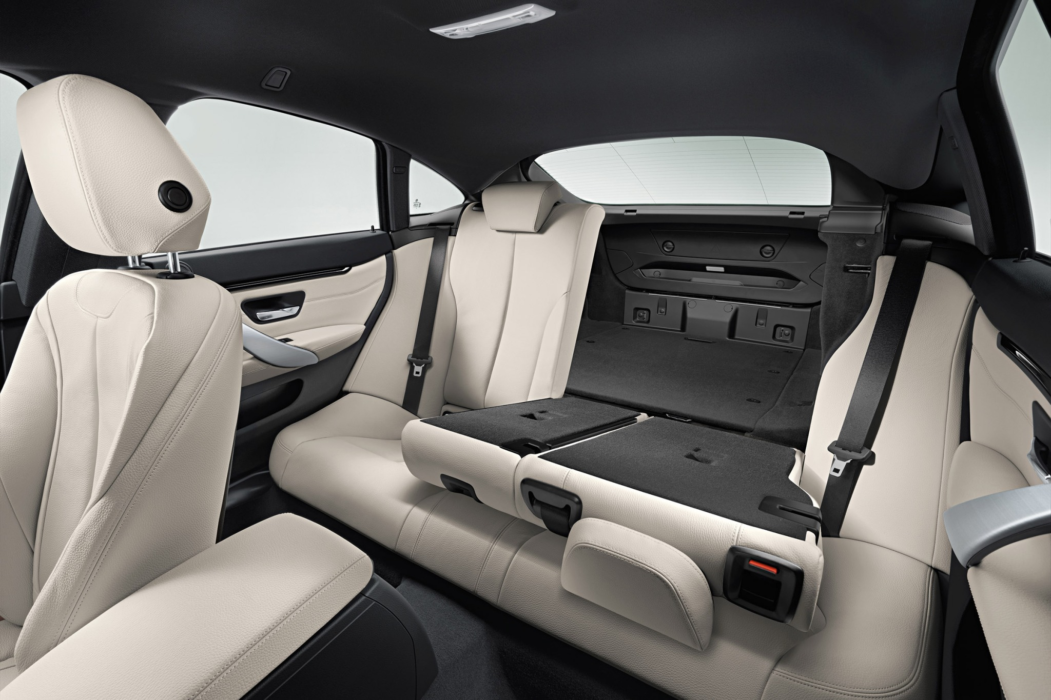 2015 Bmw 4 Series Gran Coupe Interior Rear Seats (View 10 of 11)