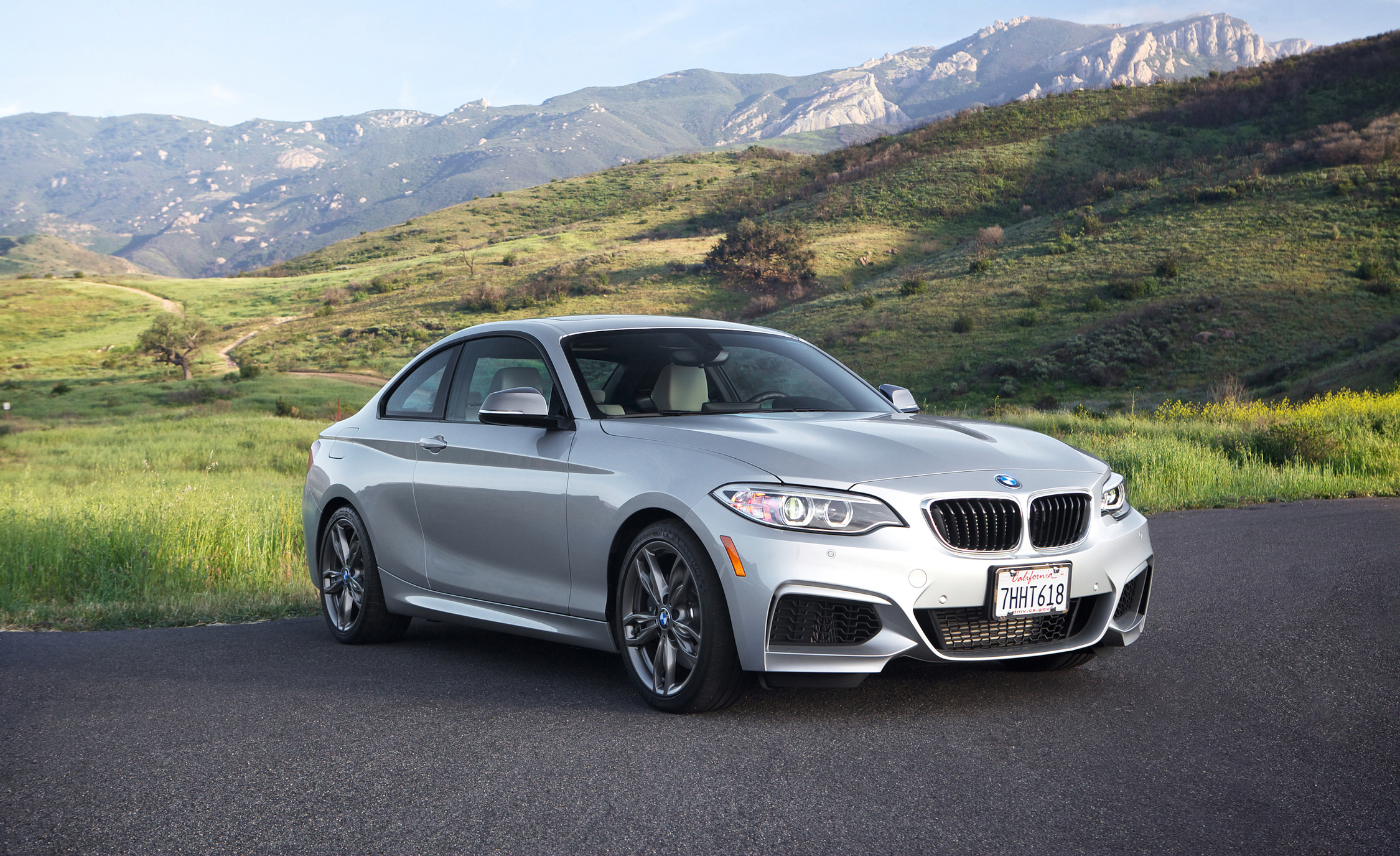 2015 BMW M235i XDrive (Photo 2 of 29)