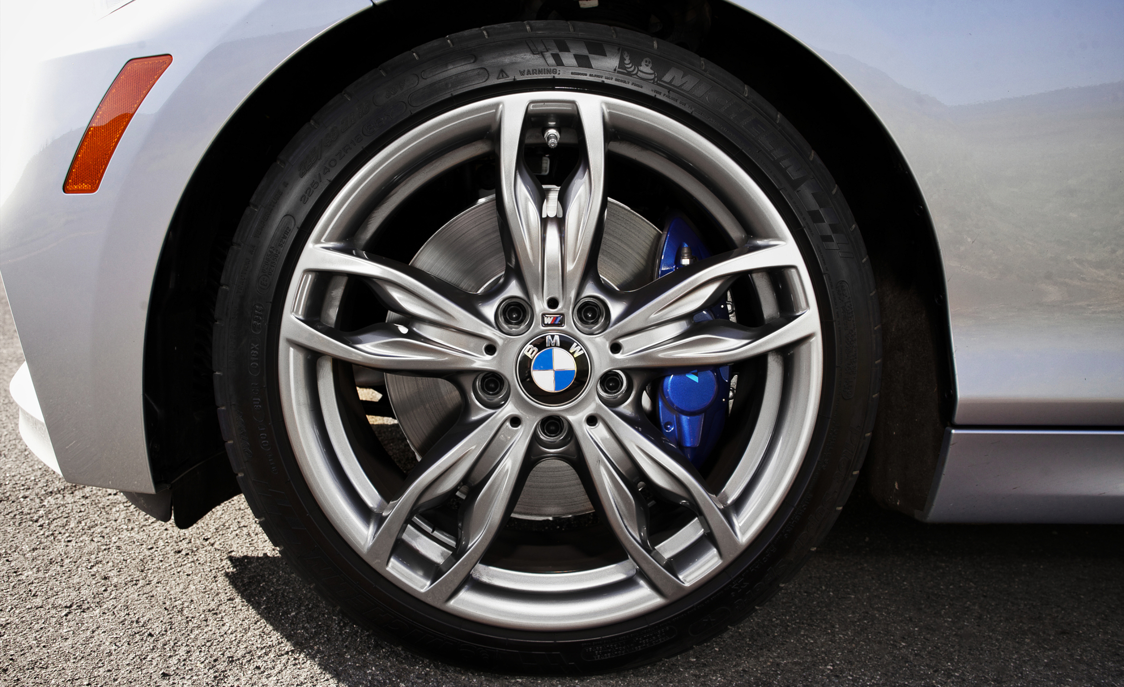 2015 BMW M235i XDrive (Photo 27 of 29)
