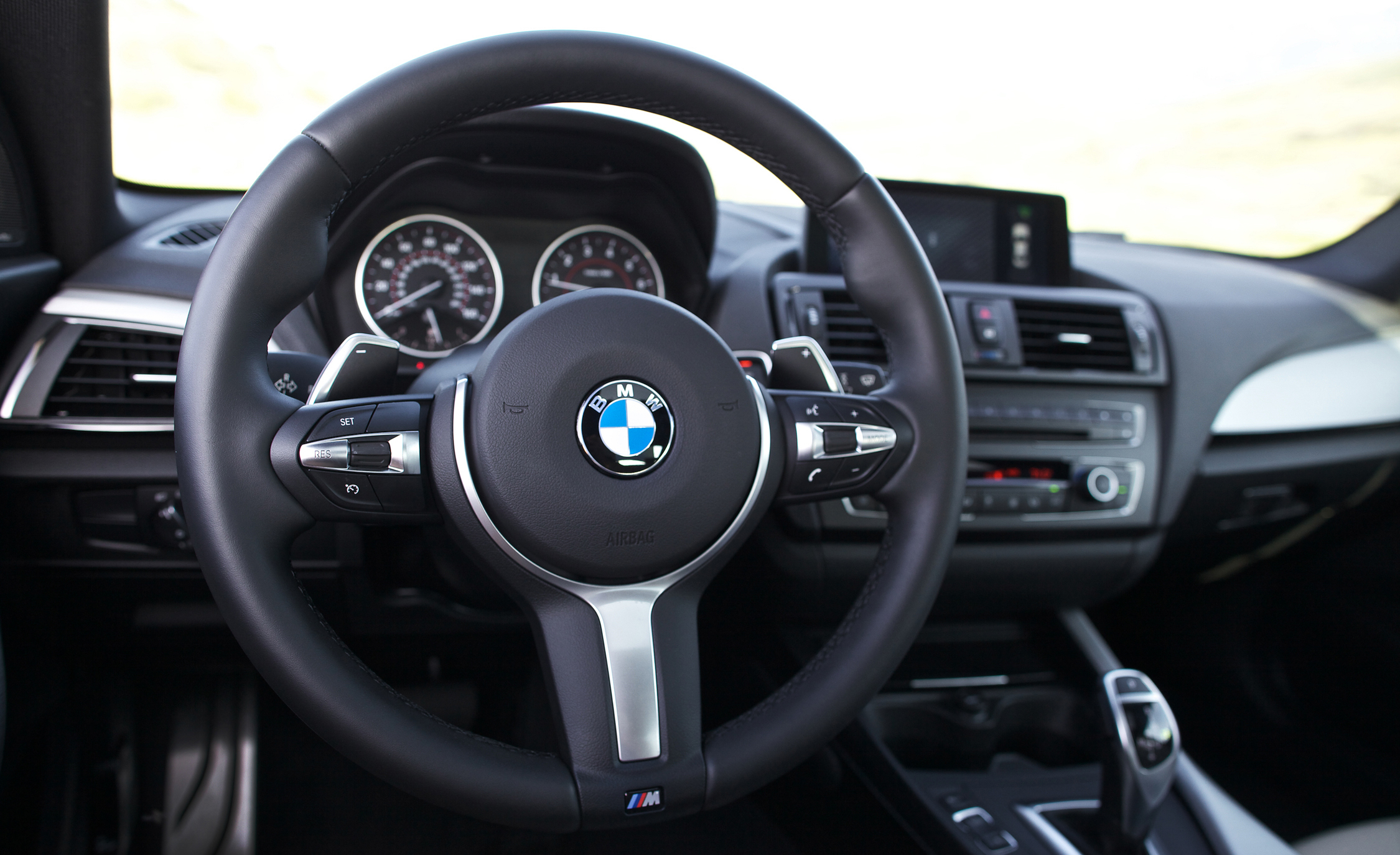2015 BMW M235i XDrive (Photo 14 of 29)