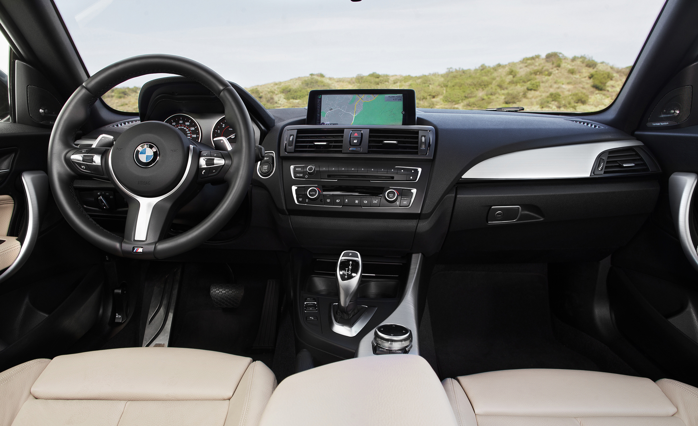 2015 BMW M235i XDrive (Photo 19 of 29)