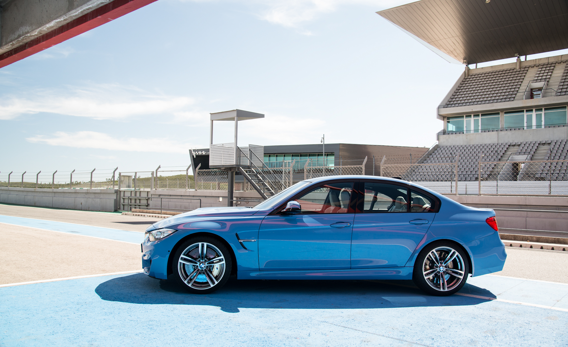 2015 BMW M3 Sedan (Photo 11 of 55)