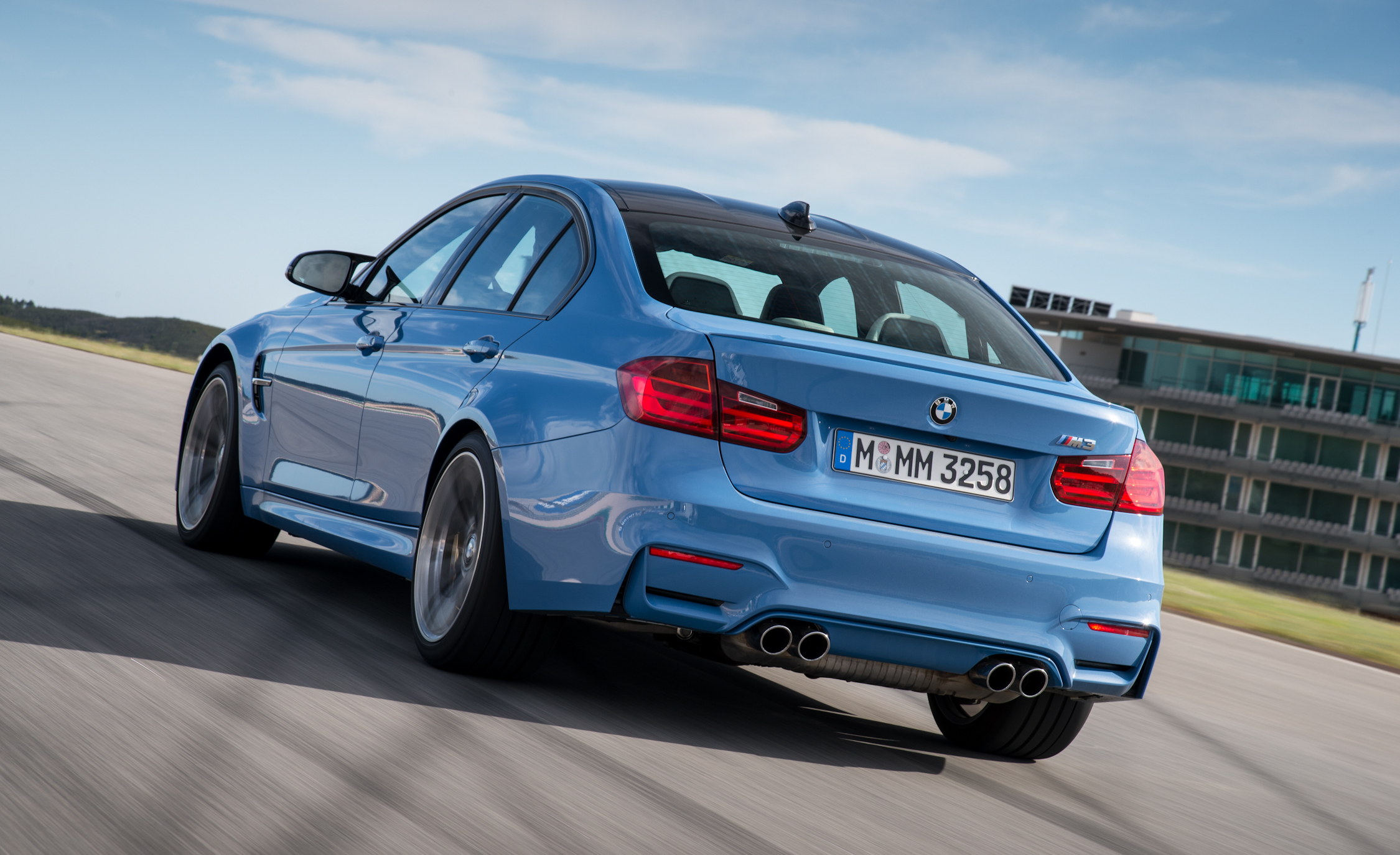 2015 BMW M3 Sedan (Photo 20 of 55)