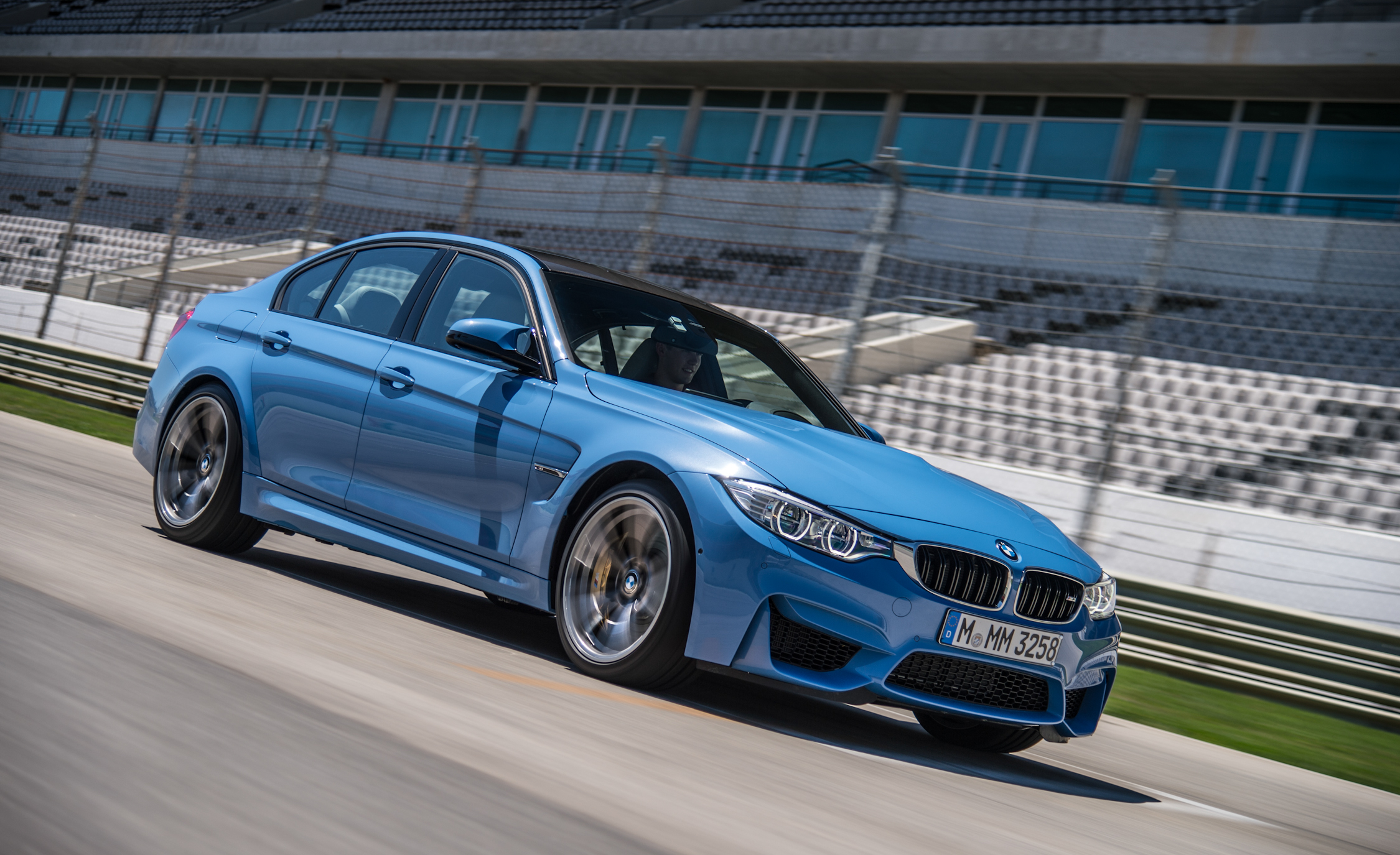 2015 BMW M3 Sedan (Photo 23 of 55)