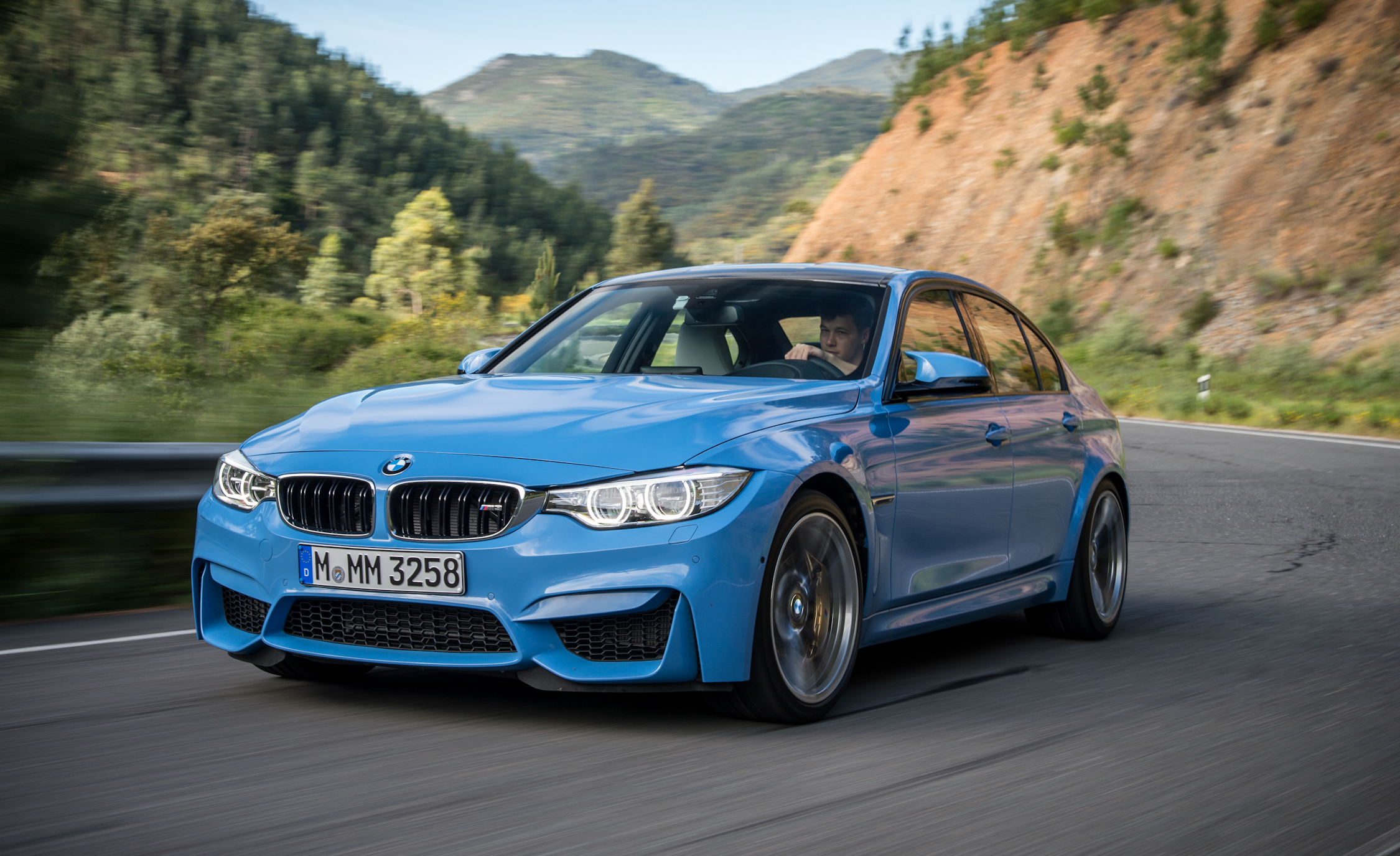 2015 BMW M3 Sedan (Photo 21 of 55)