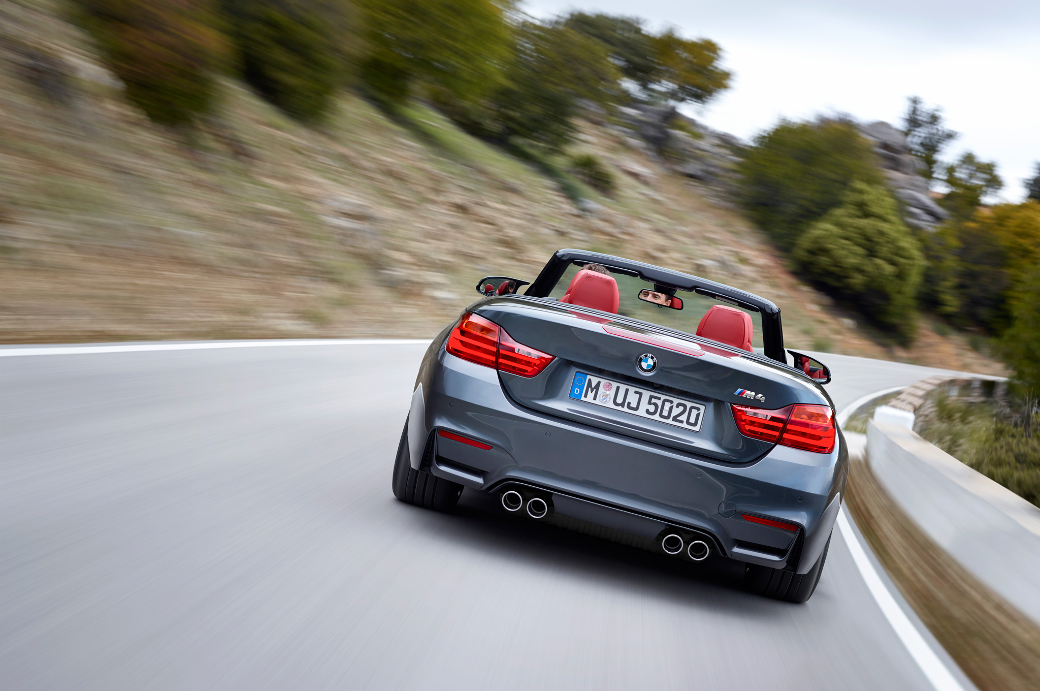 2015 Bmw M4 Convertible Rear View Performance (Photo 15 of 50)