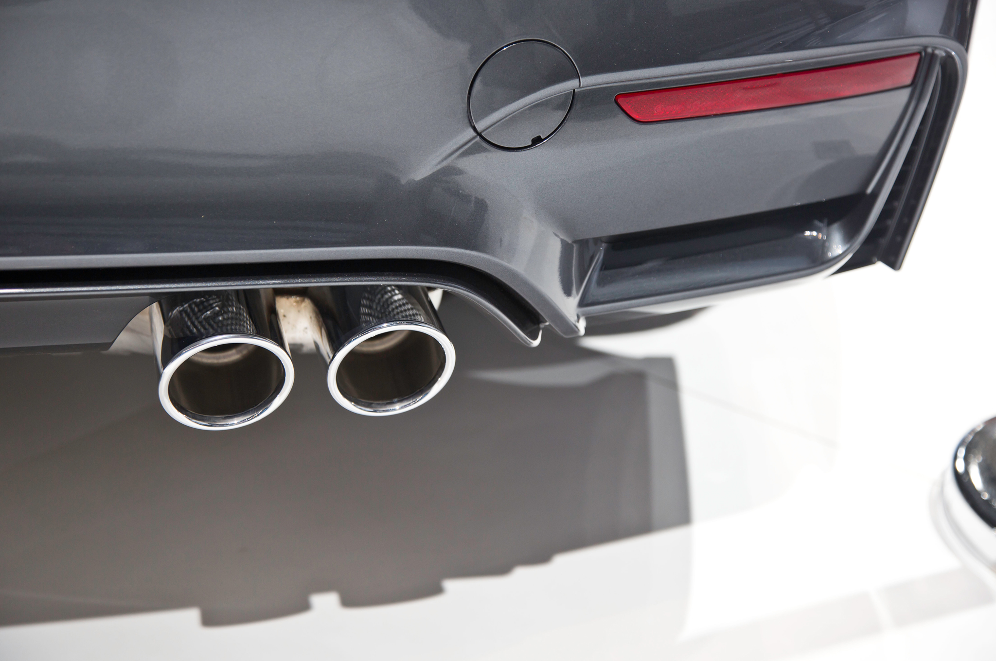 2015 Bmw M4 Convertible Tailpipes Details (Photo 4 of 50)