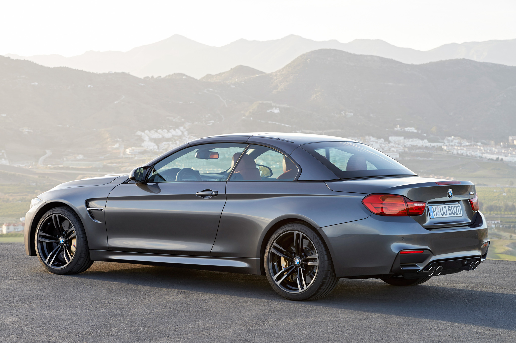 2015 Bmw M4 Convertible Top Up Rear Rear Side (Photo 49 of 50)