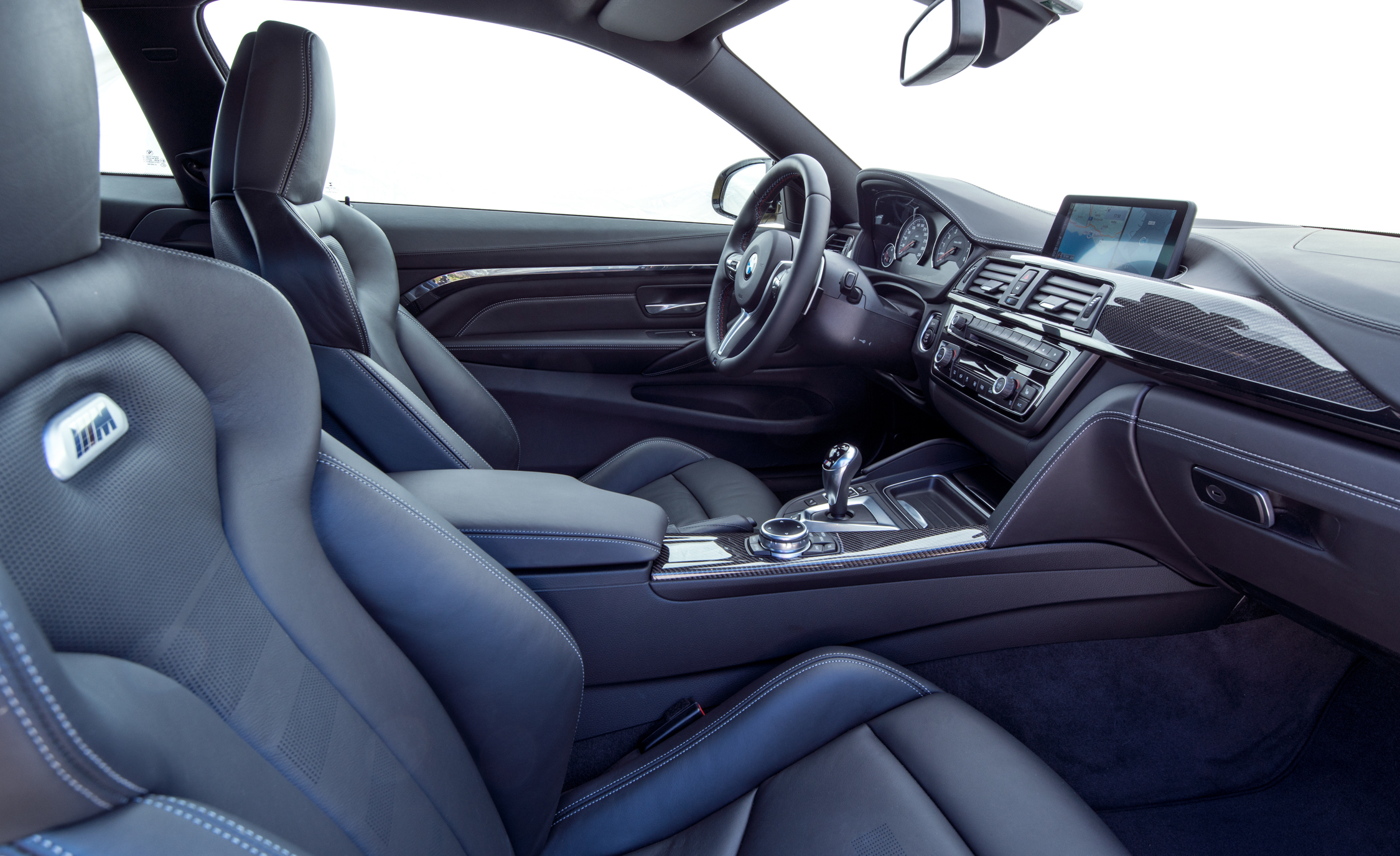2015 BMW M4 Coupe Interior (Photo 20 of 41)