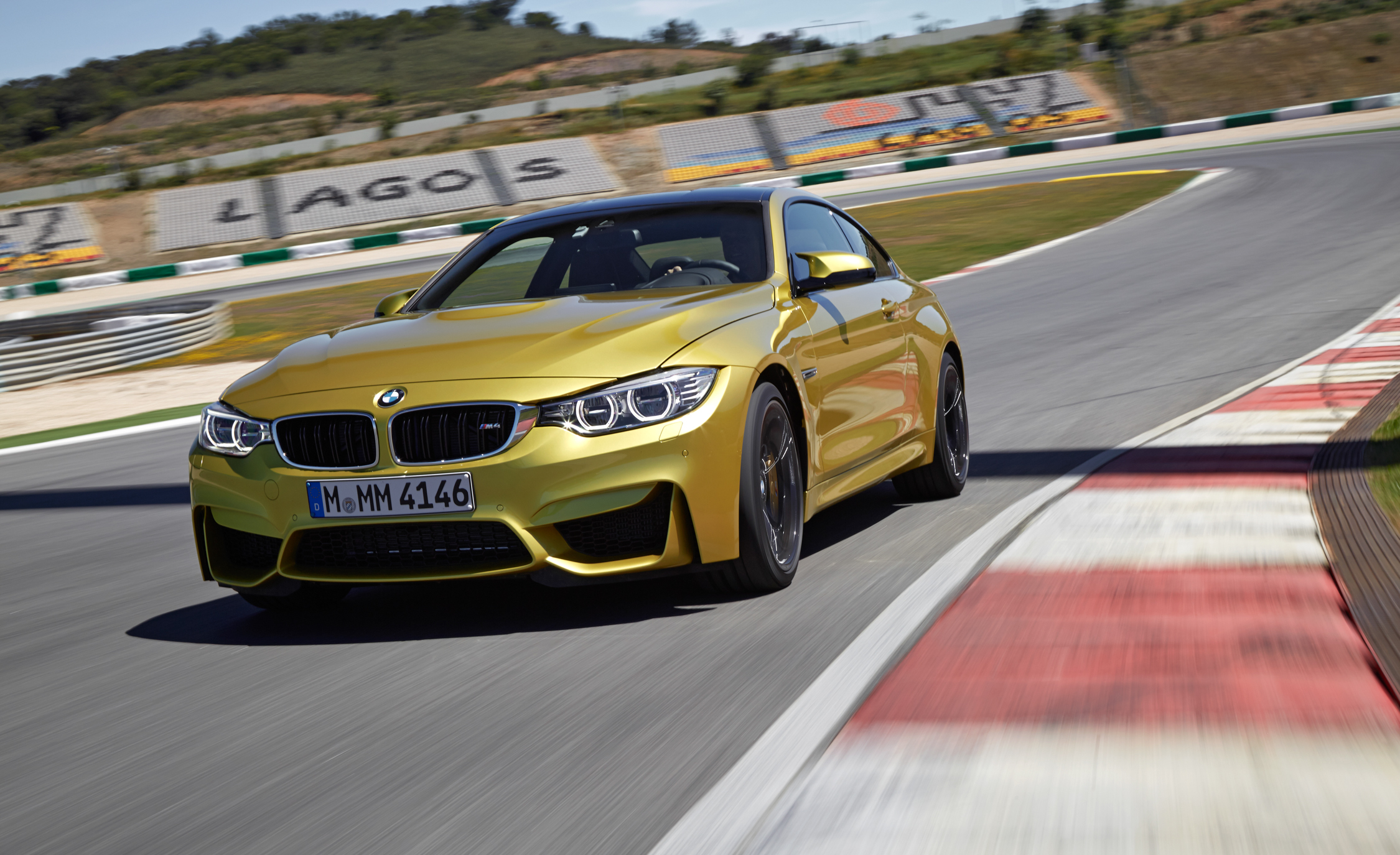 2015 BMW M4 Coupe (Photo 1 of 41)