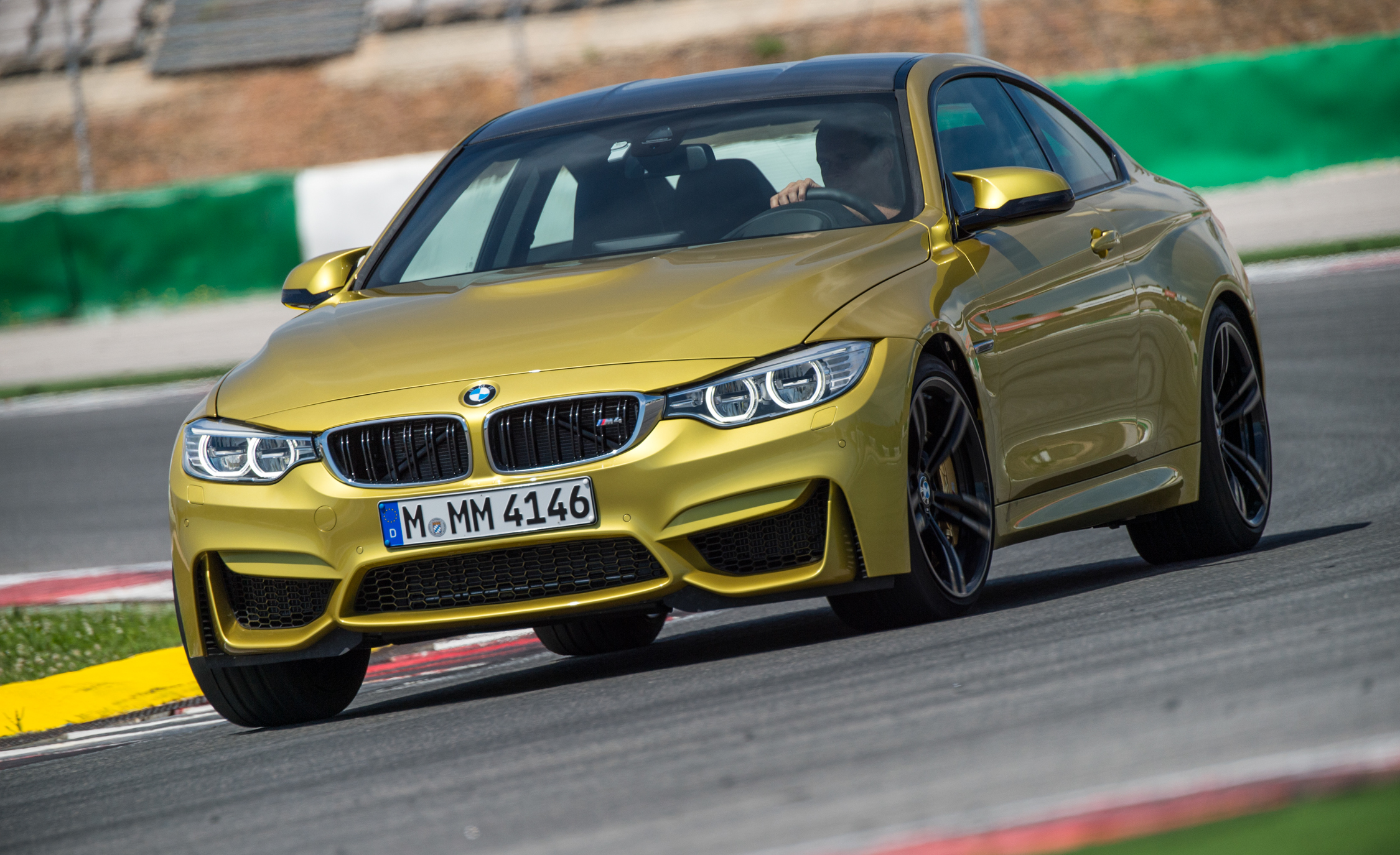 2015 BMW M4 Coupe (Photo 7 of 41)