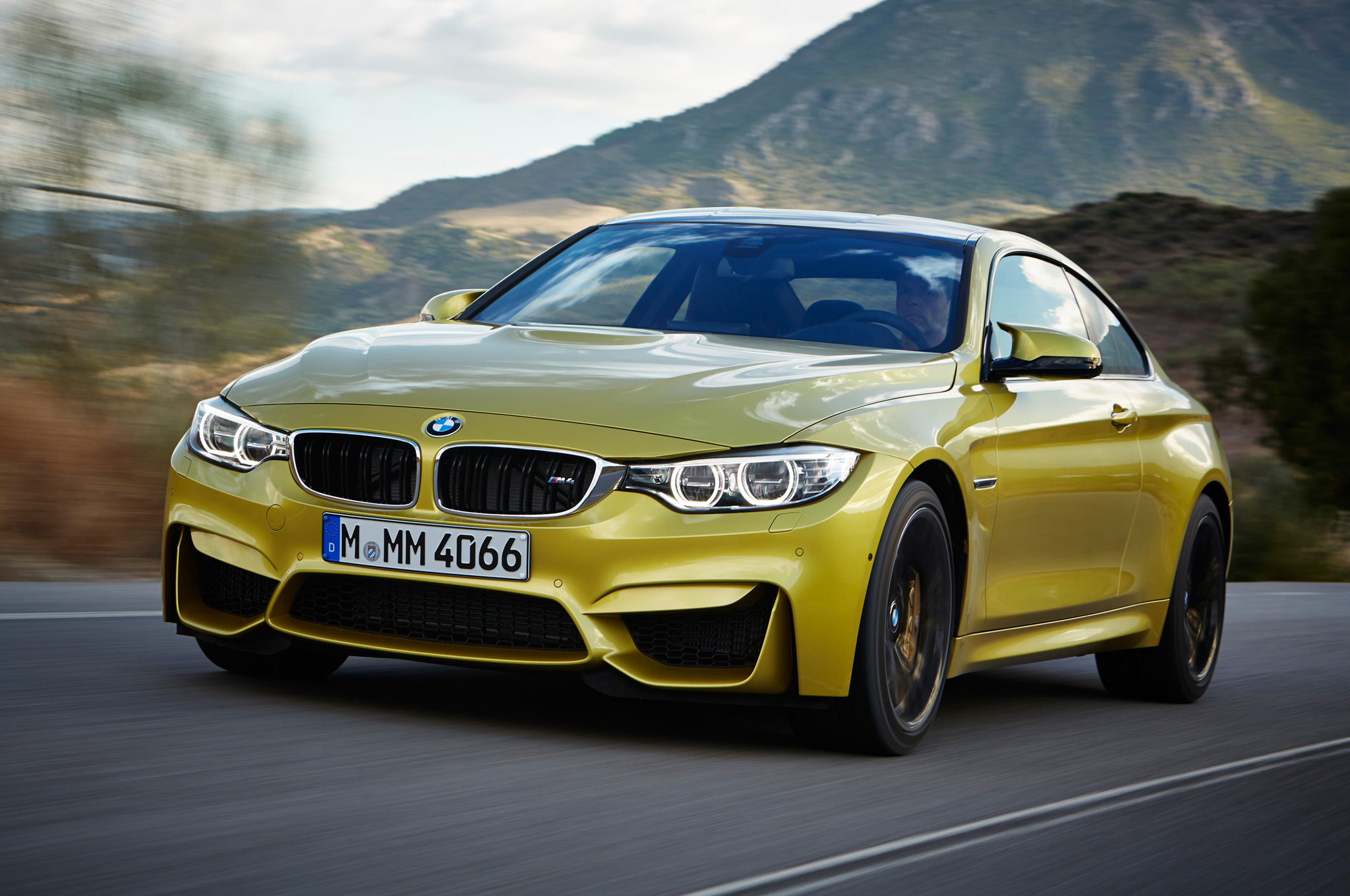 2015 Bmw M4 Road Test View (Photo 37 of 41)