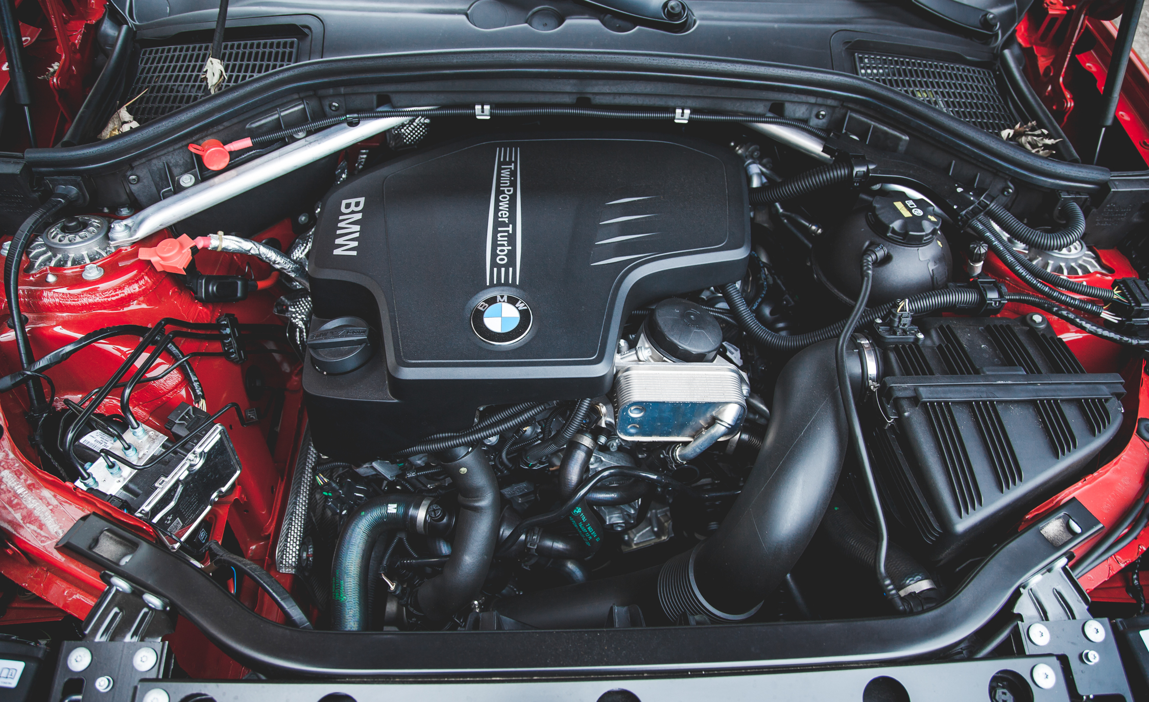 2015 BMW X4 XDrive28 Iturbocharged 2.0 Liter Inline 4 Engine (Photo 1 of 29)