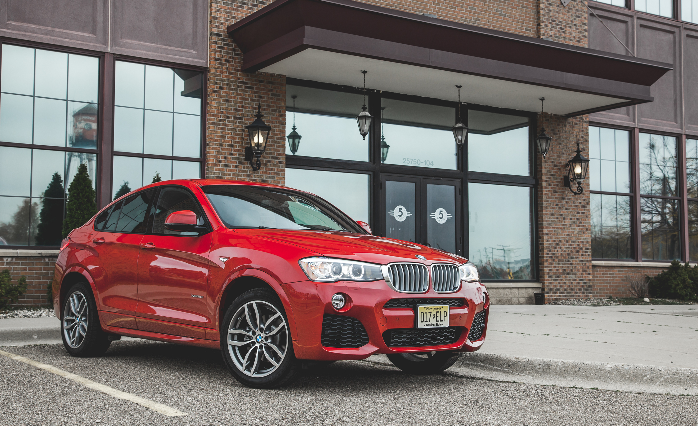Featured Image of 2015 BMW X4 XDrive28i