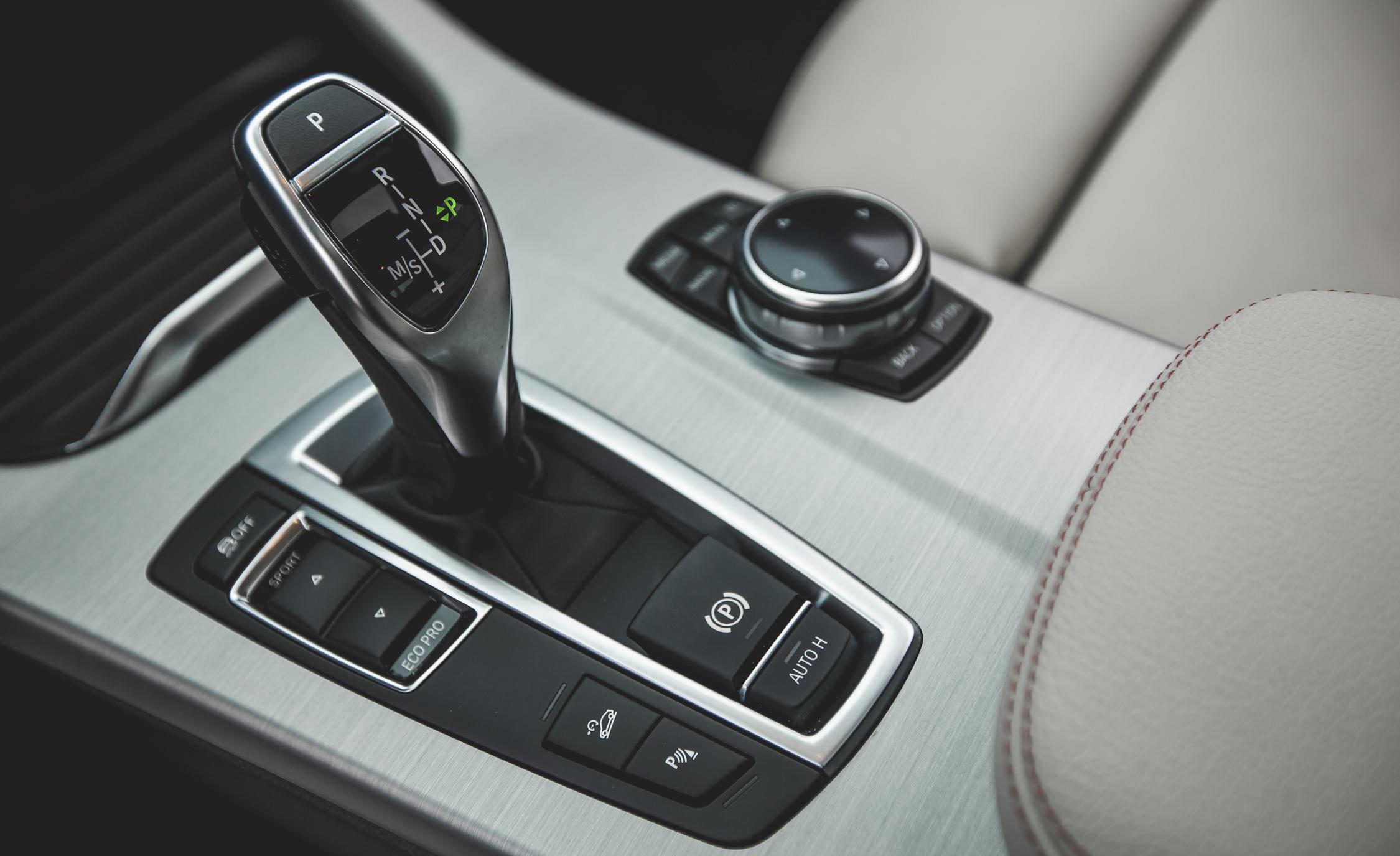 2015 BMW X4 XDrive28i Interior (Photo 28 of 29)