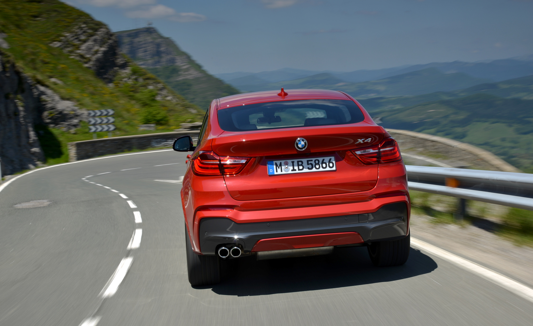 2015 BMW X4 XDrive35i (Photo 1 of 14)